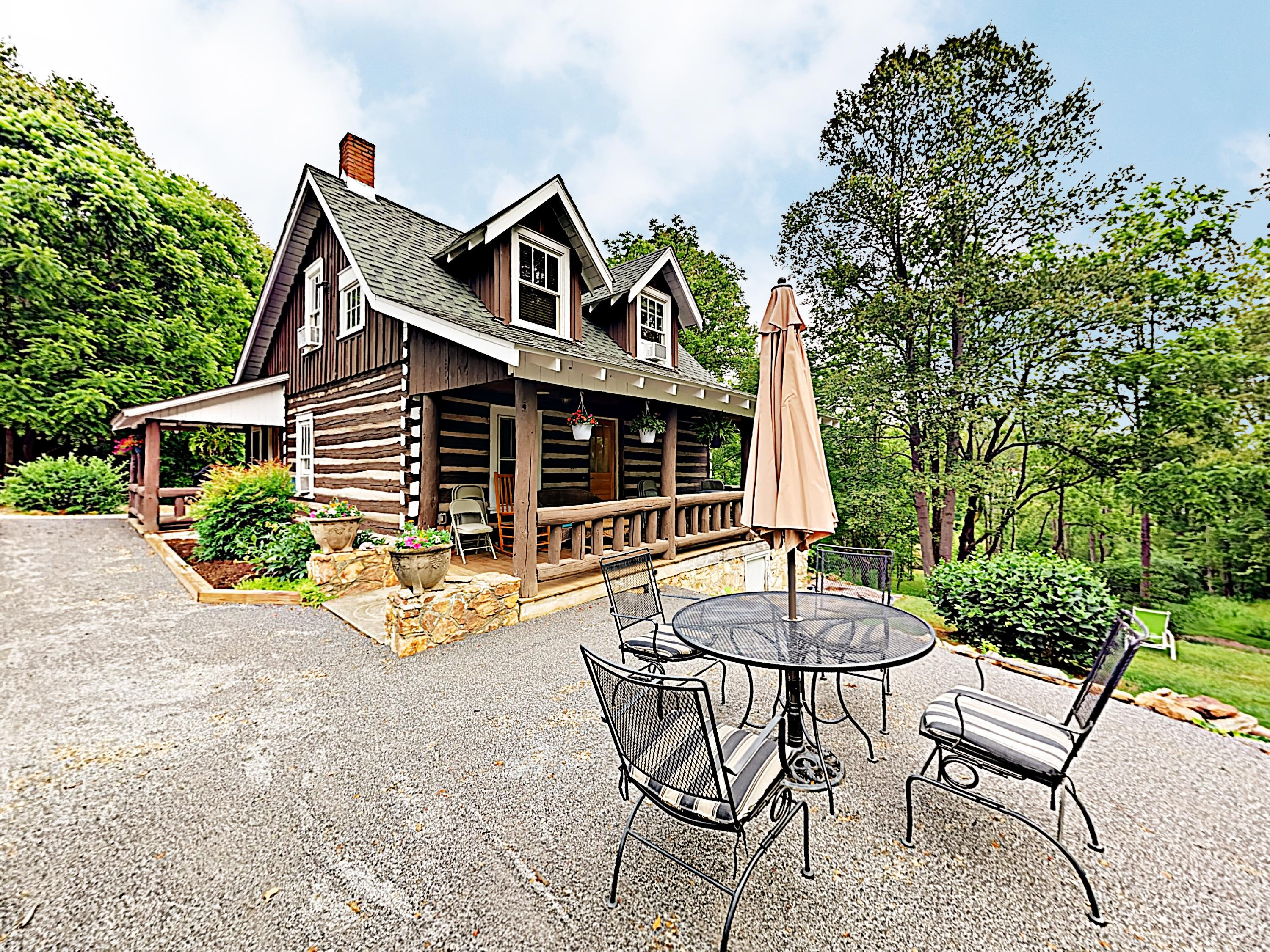 Welcome to Asheville! This cabin is professionally managed by TurnKey Vacation Rentals.