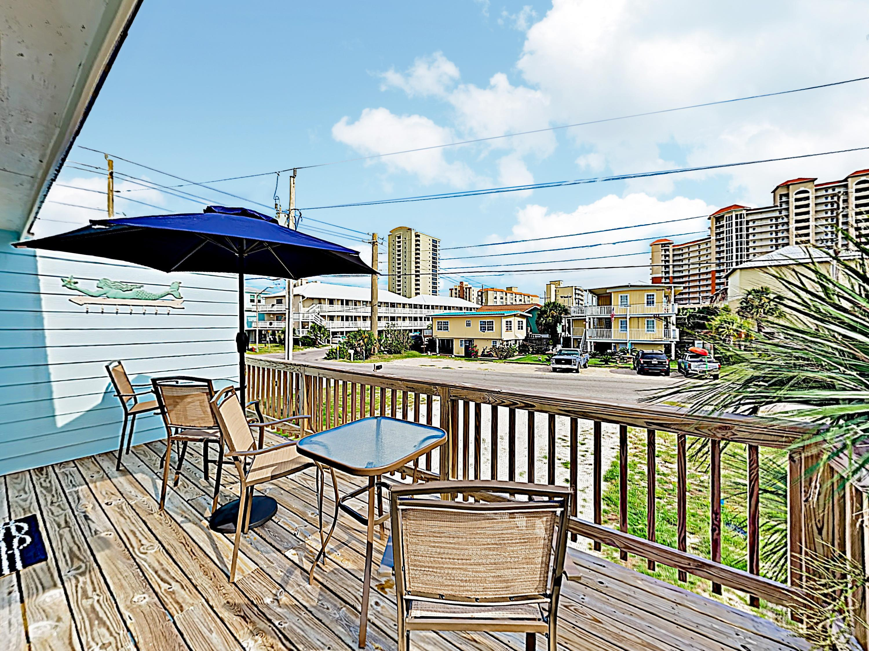 Relax in the shade on the deck and enjoy the gulf breeze.