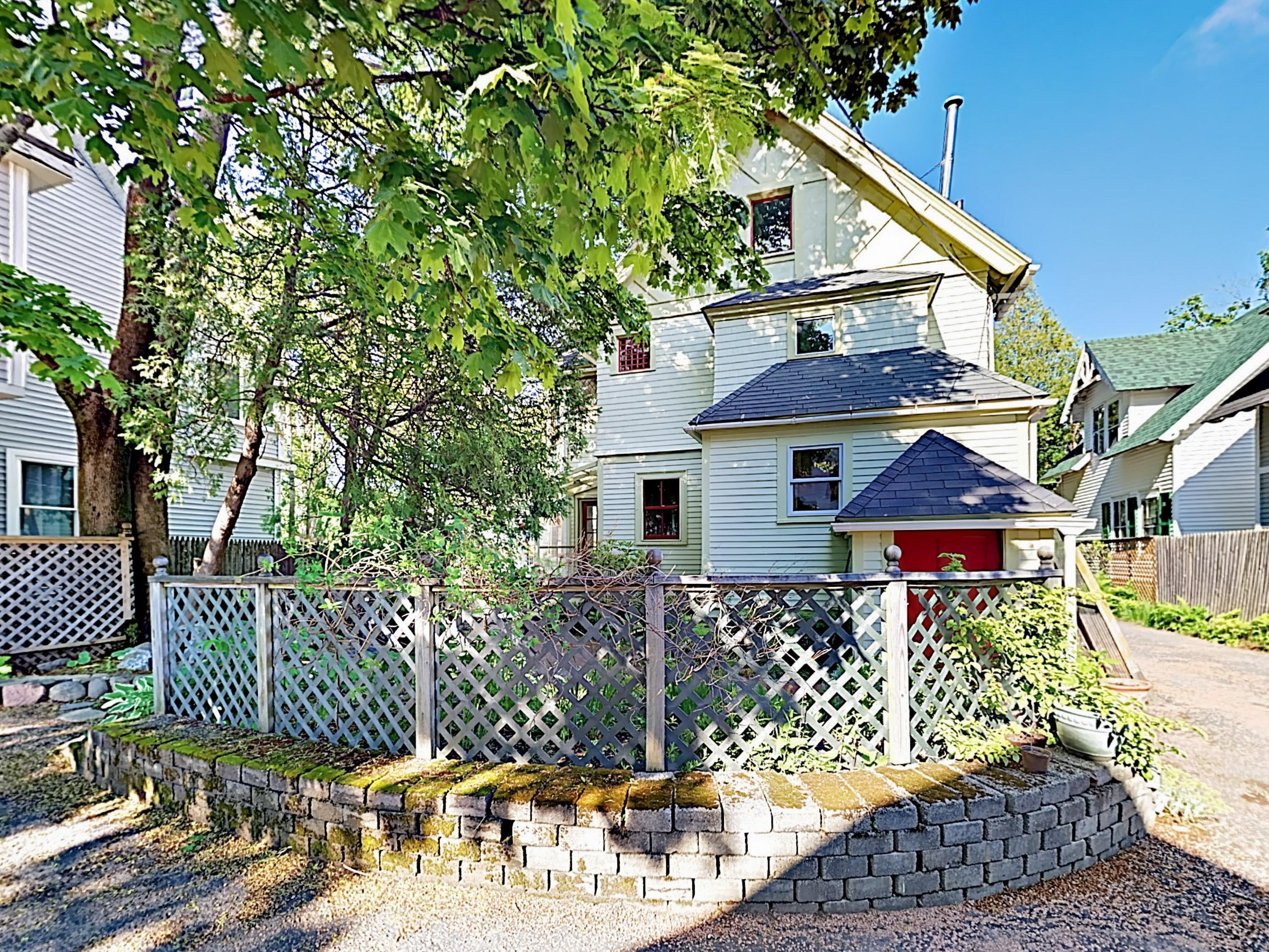 Charming Four-Unit Bar Harbor Getaway near Downtown