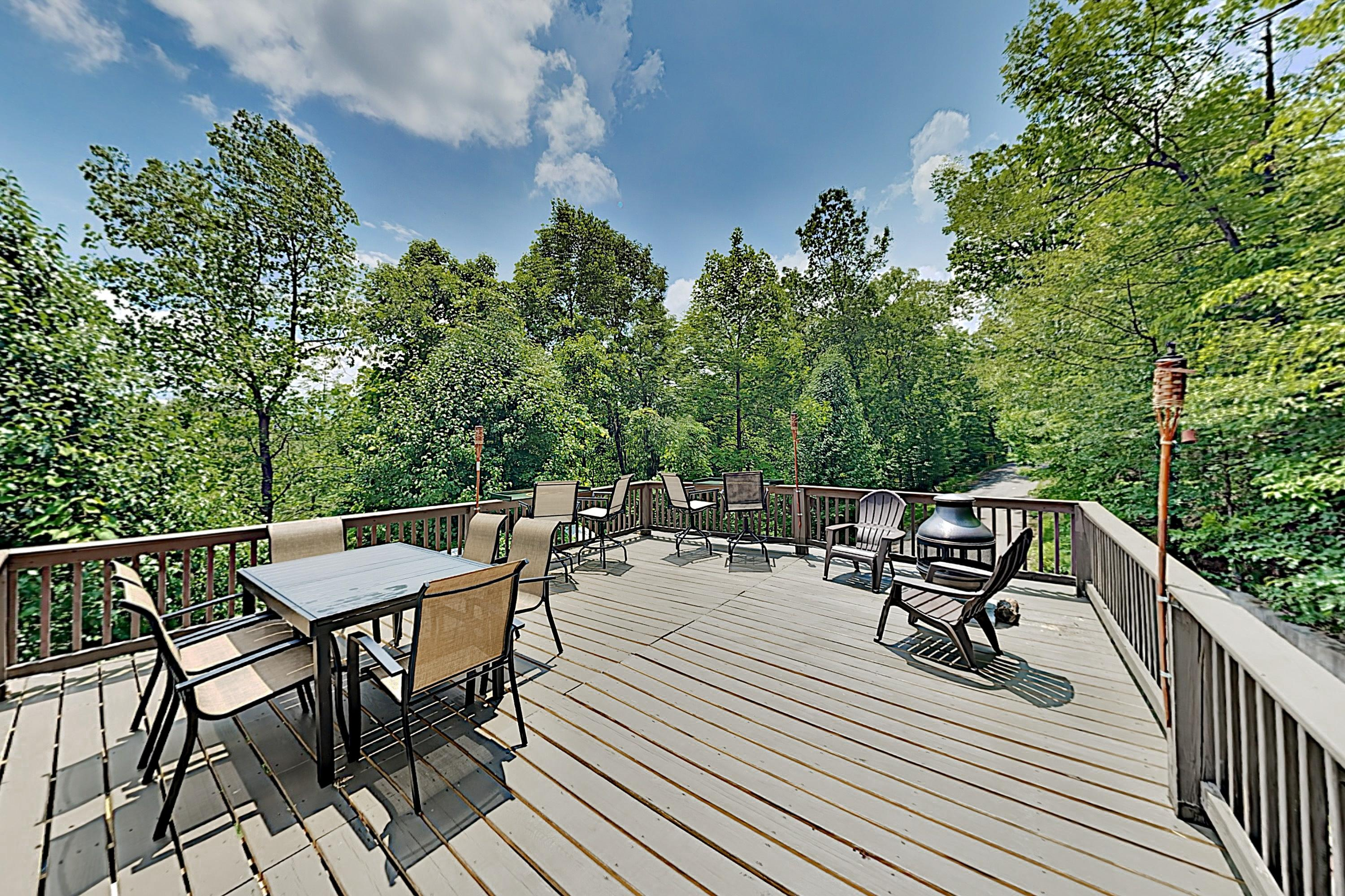 Welcome to Sevierville! This bungalow is professionally managed by TurnKey Vacation Rentals.