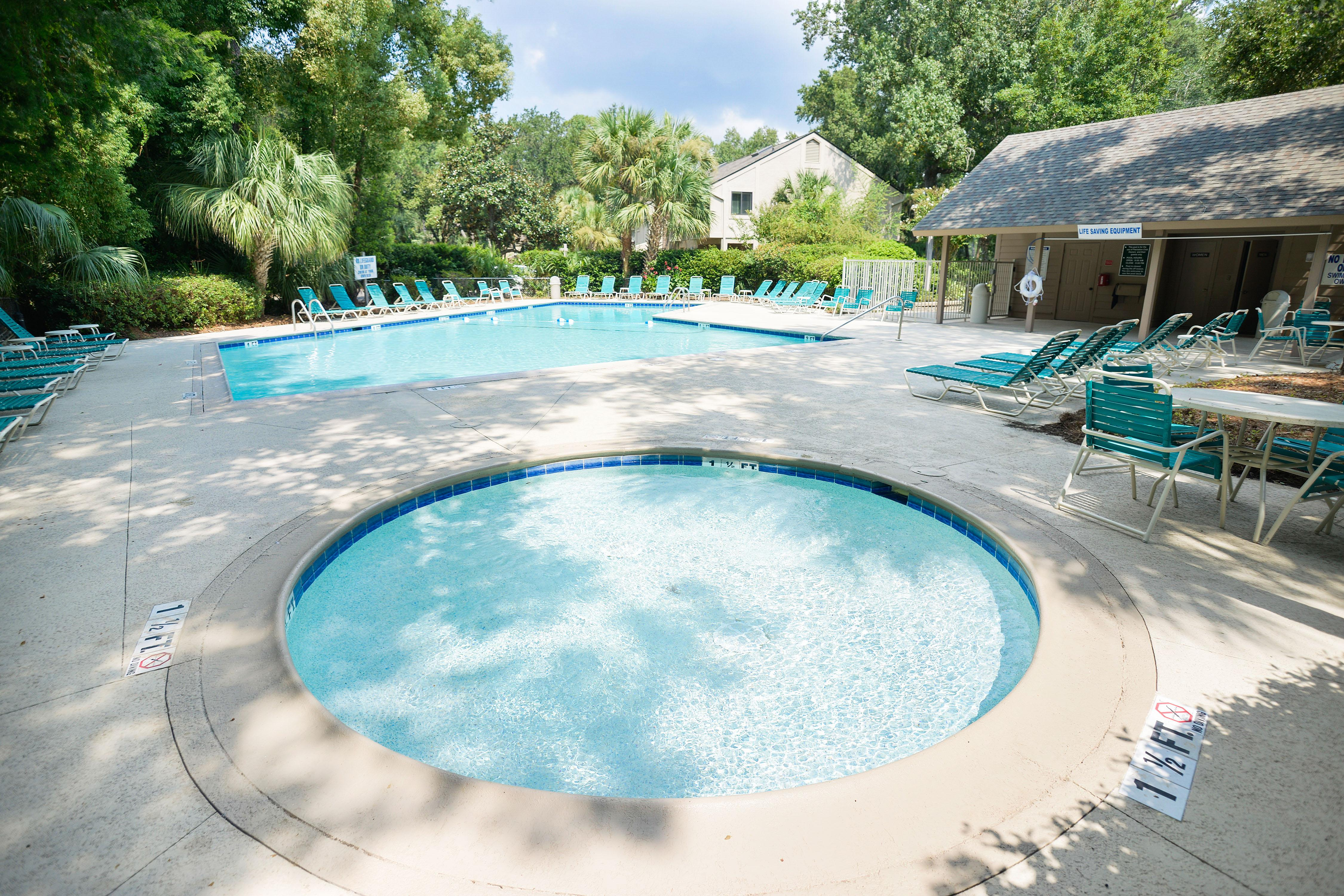 A community pool area is open year-round and offers a kiddie pool and unheated pool.
