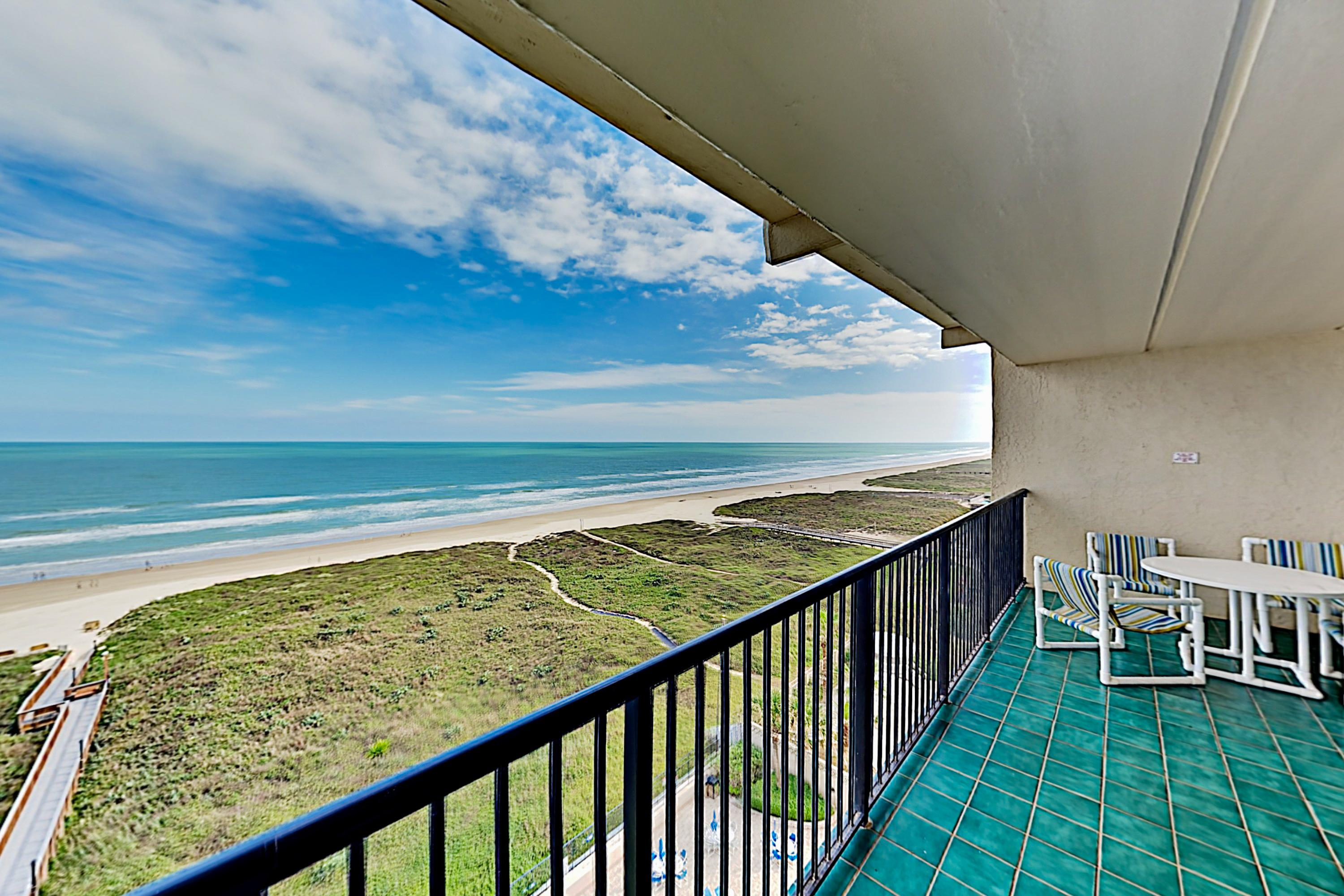 Property Image 1 - 9th-Floor Unit 909 Overlooking Gulf w/ Pool & Sauna