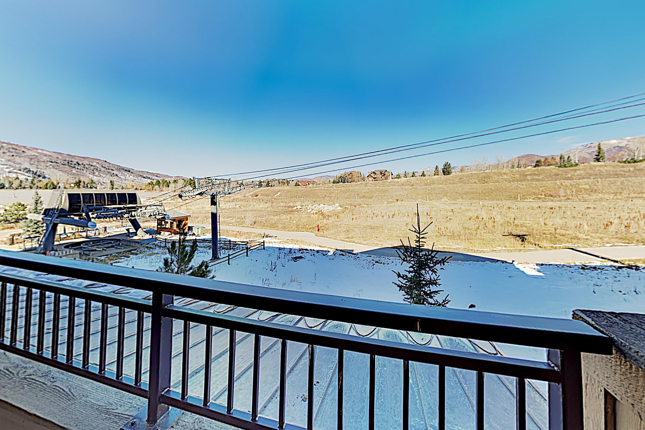 Take the on-site Wildhorse Gondola to Steamboat Ski Resort in winter months.