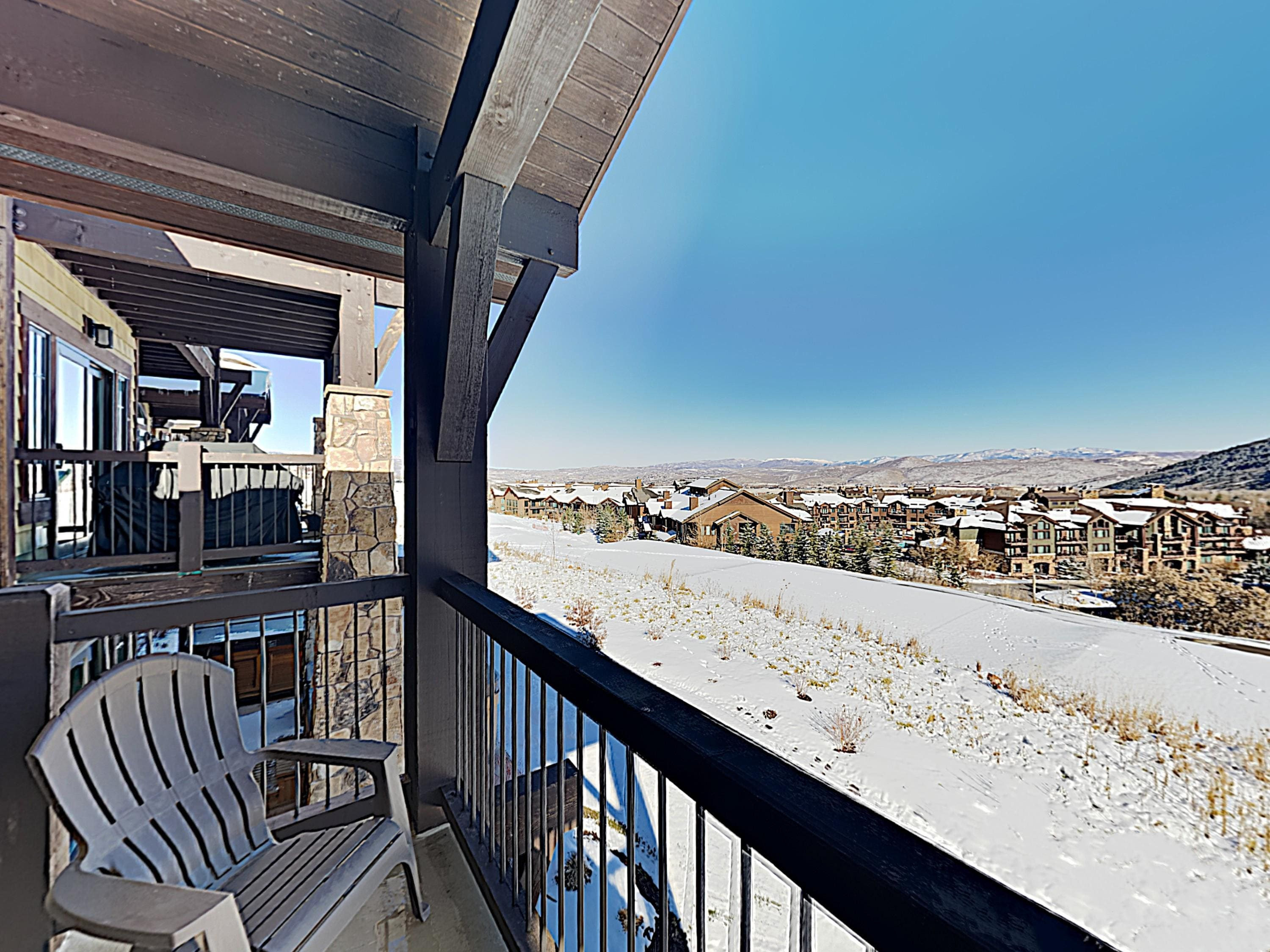 Views of the Canyons Golf fairways and the distant Uinta Mountains await on your covered balcony.