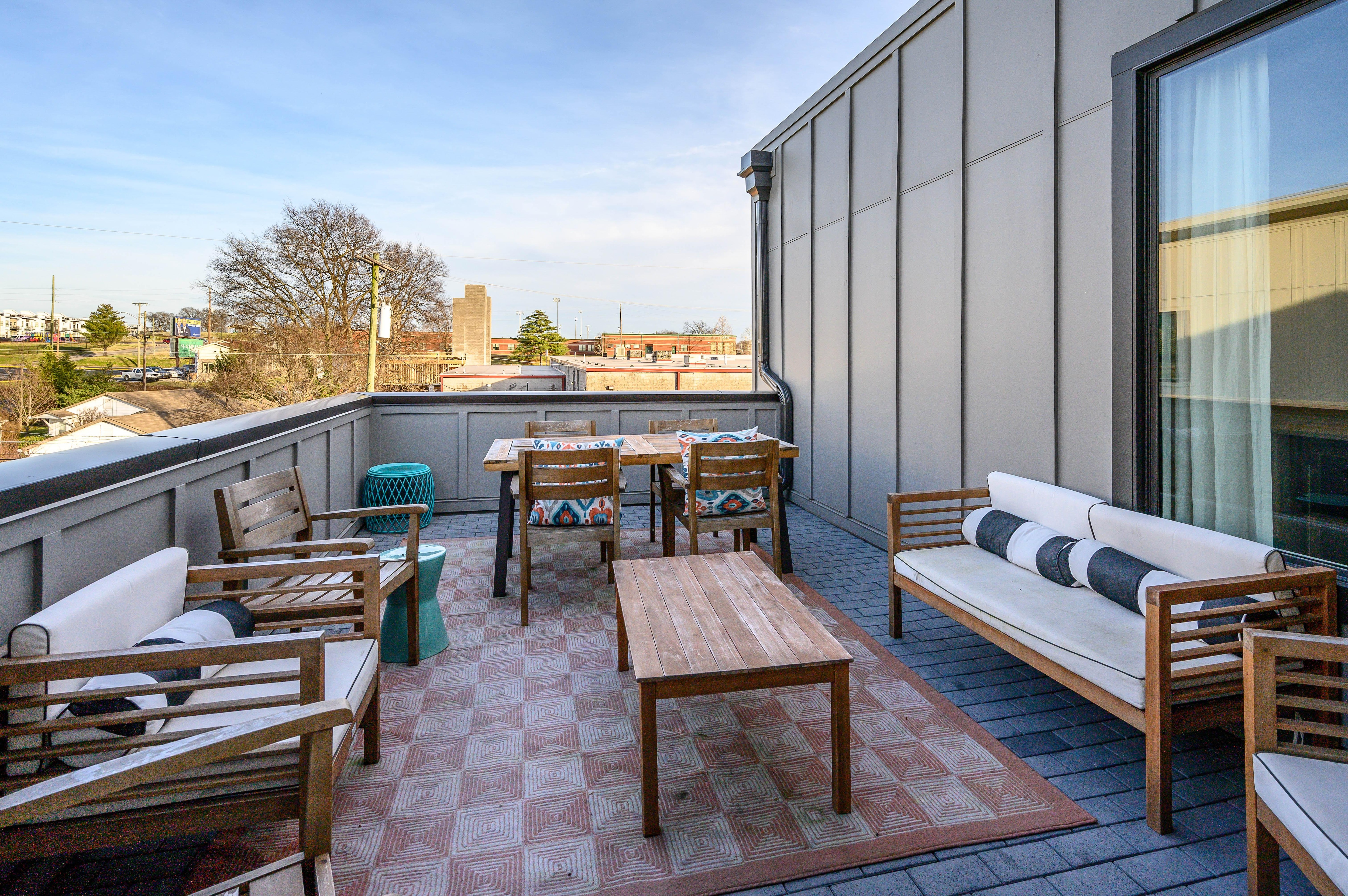 Enjoy a crisp beverage or an alfresco meal on the private rooftop patio.