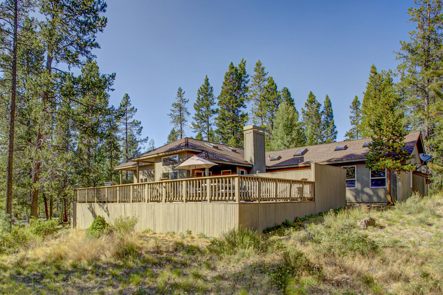 Welcome to Sunriver! This winter getaway is professionally managed by TurnKey Vacation Rentals.