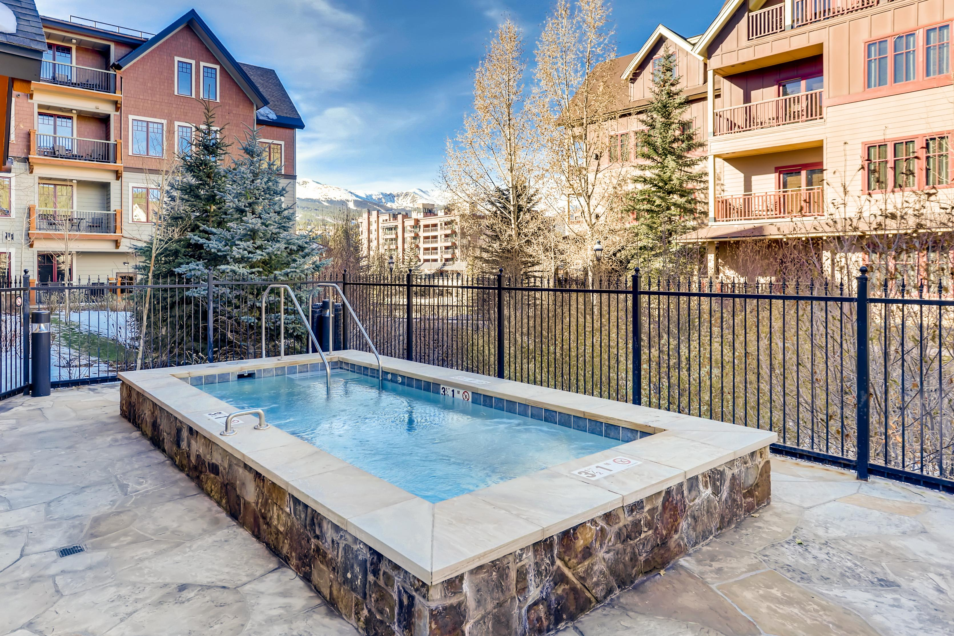 Amenities at the Water House condominiums are all just steps from your door (100 yards).