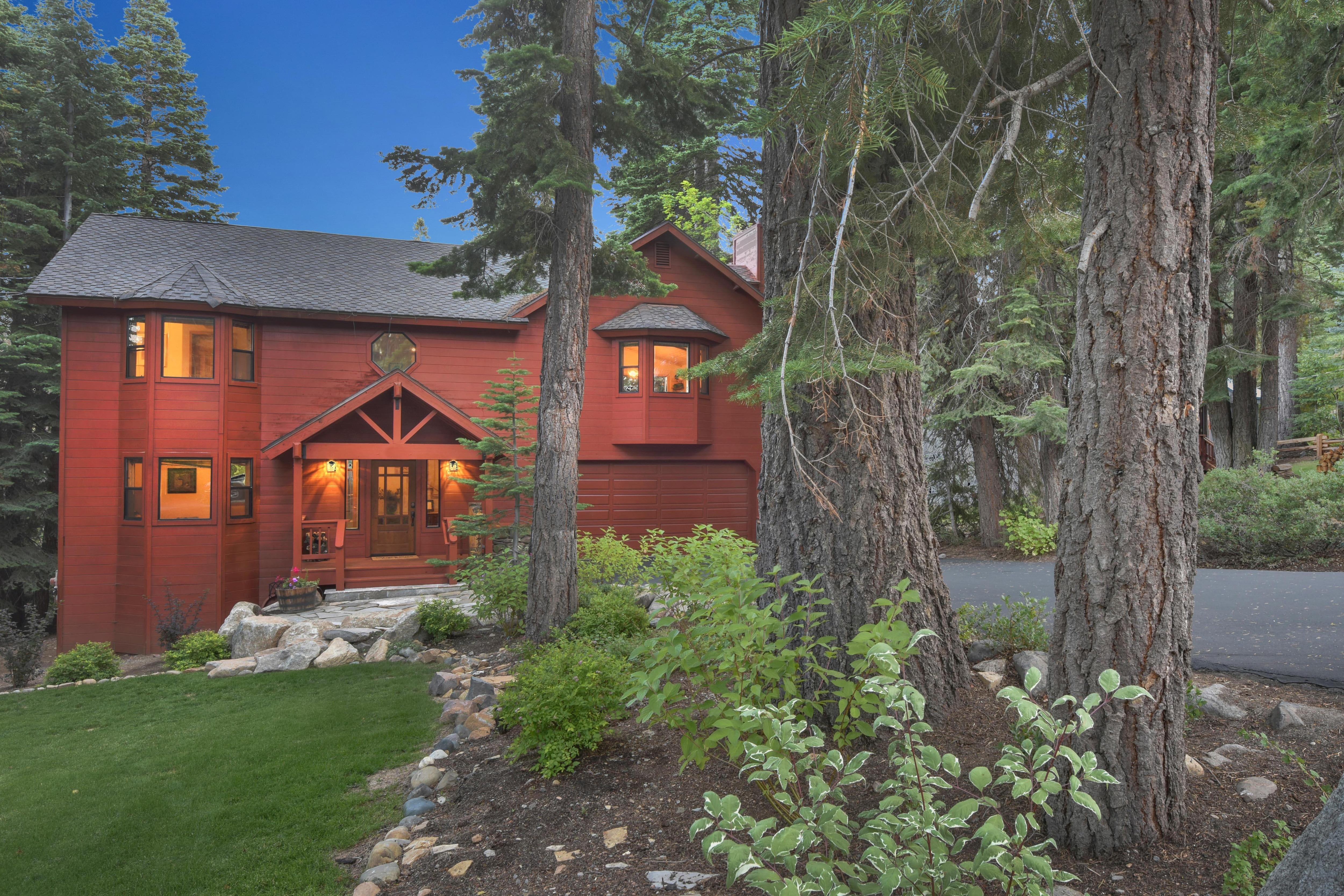 Set amid pines, Tahoe Lakeview Lodge is an expansive 5BR home, perfect for year-round fun!