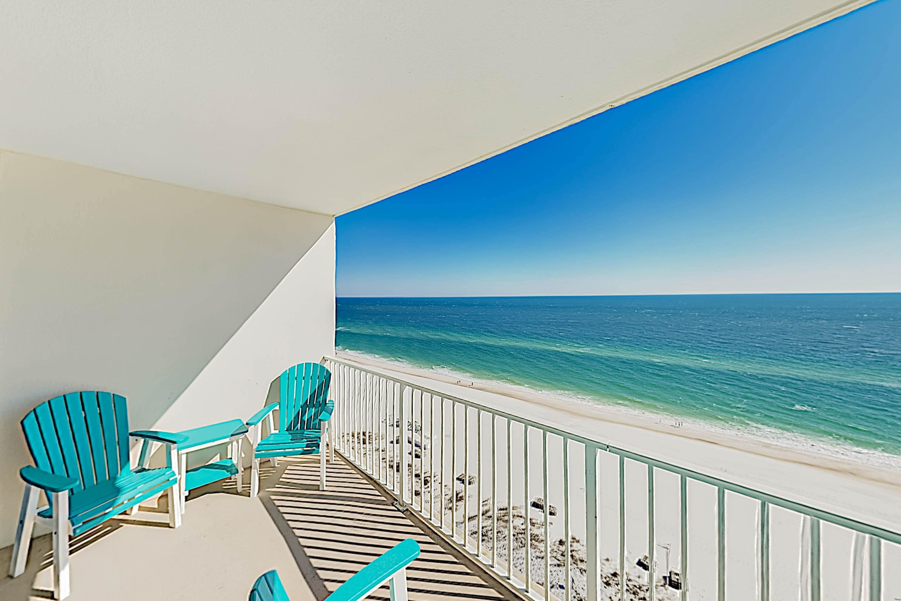 Welcome to Lighthouse Condominiums! This condo is professionally managed by TurnKey Vacation Rentals.
