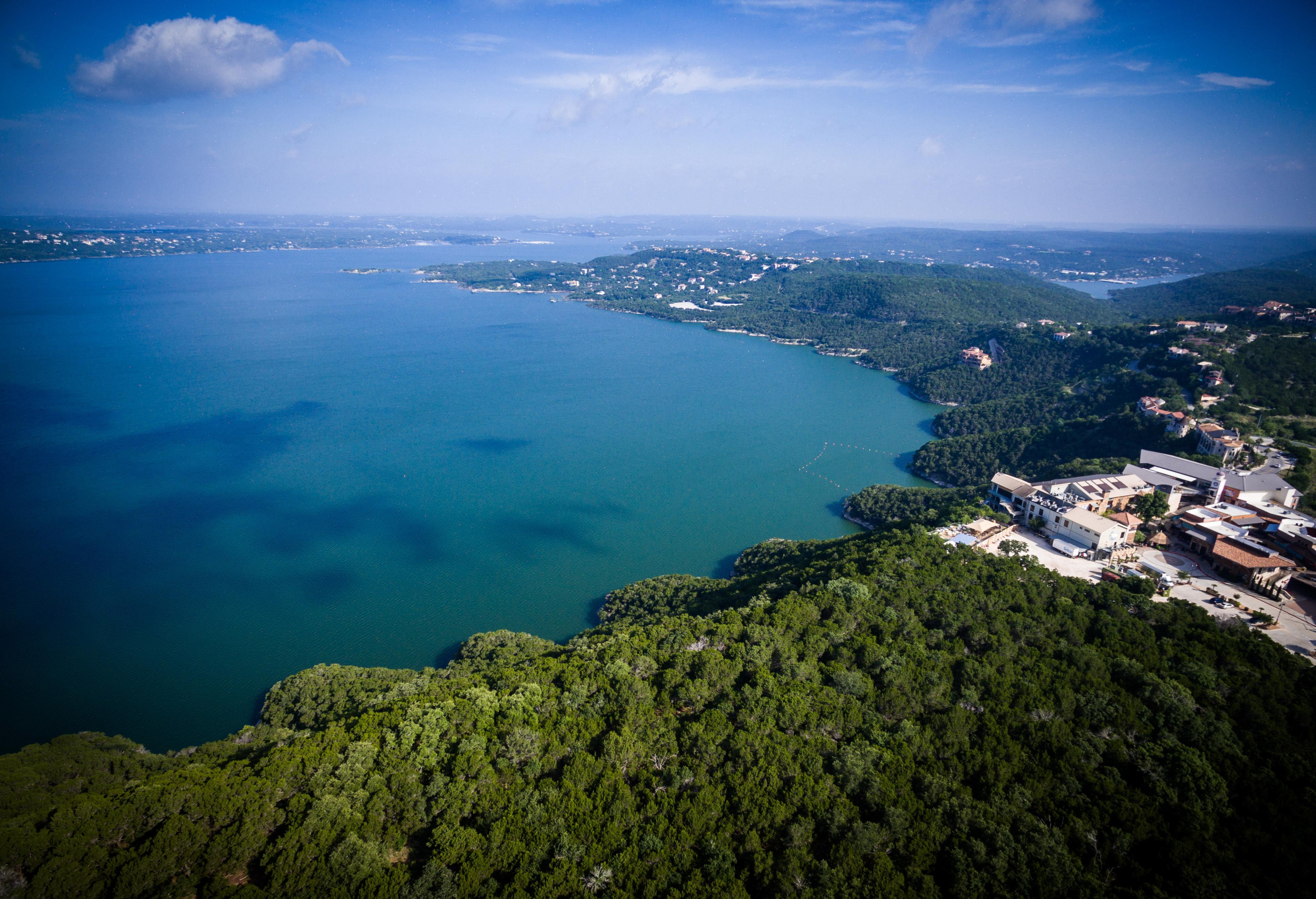 Your Lake Travis rental is approximately 34 miles from downtown Austin.
