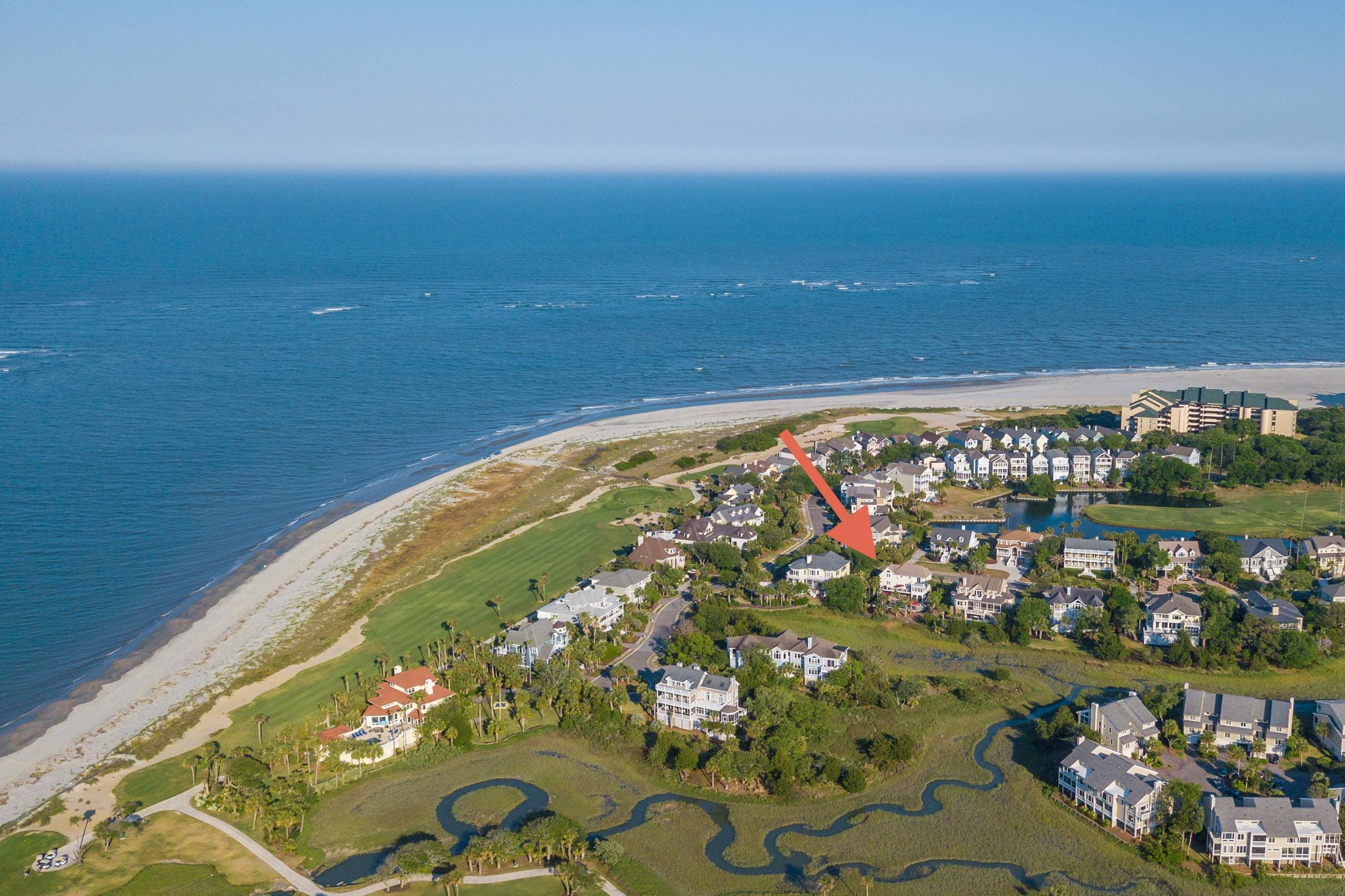 Your Isle of Palms getaway is a 3-minute stroll from the beach.