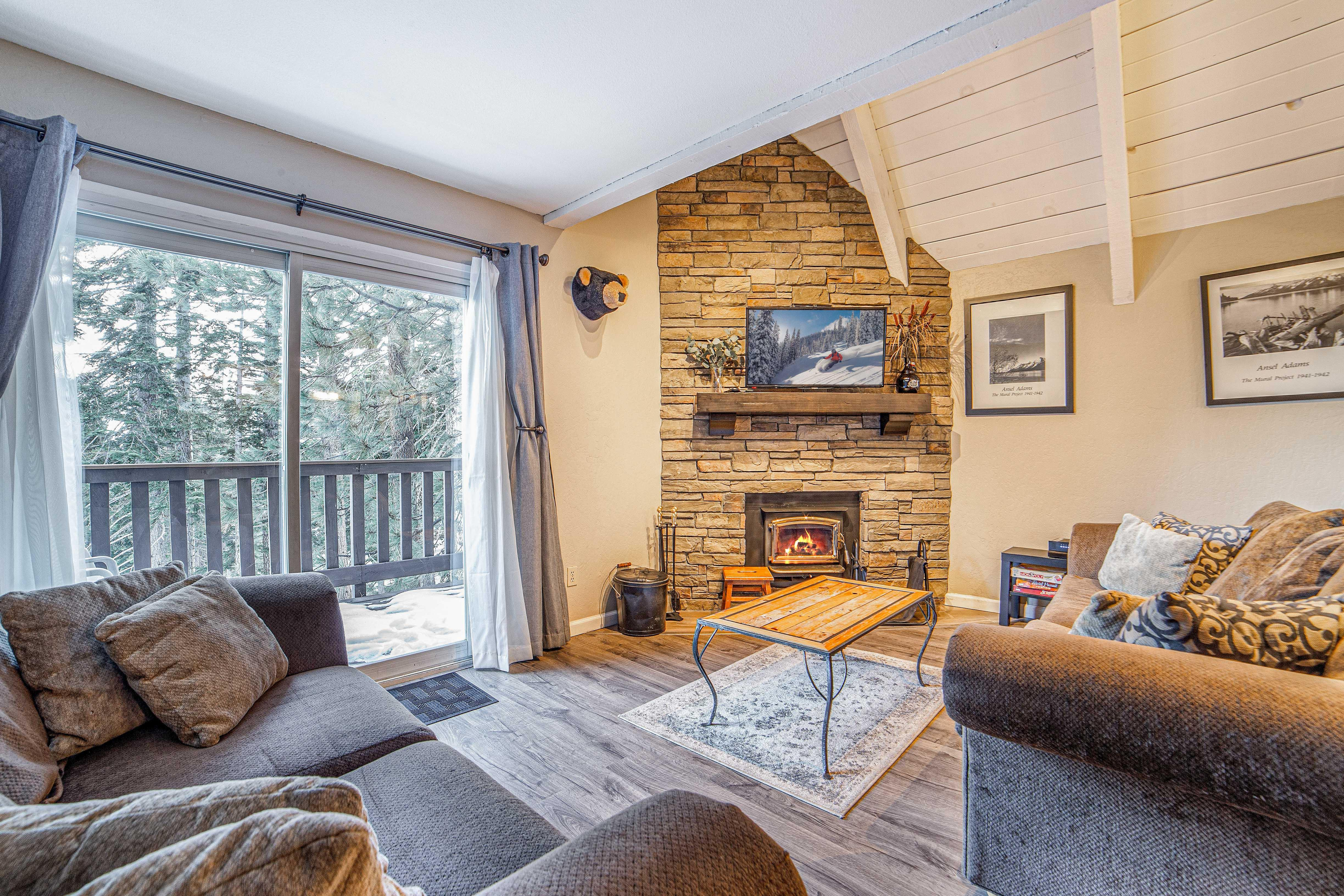 Welcome to Mammoth Lakes! This townhouse is professionally managed by TurnKey Vacation Rentals.