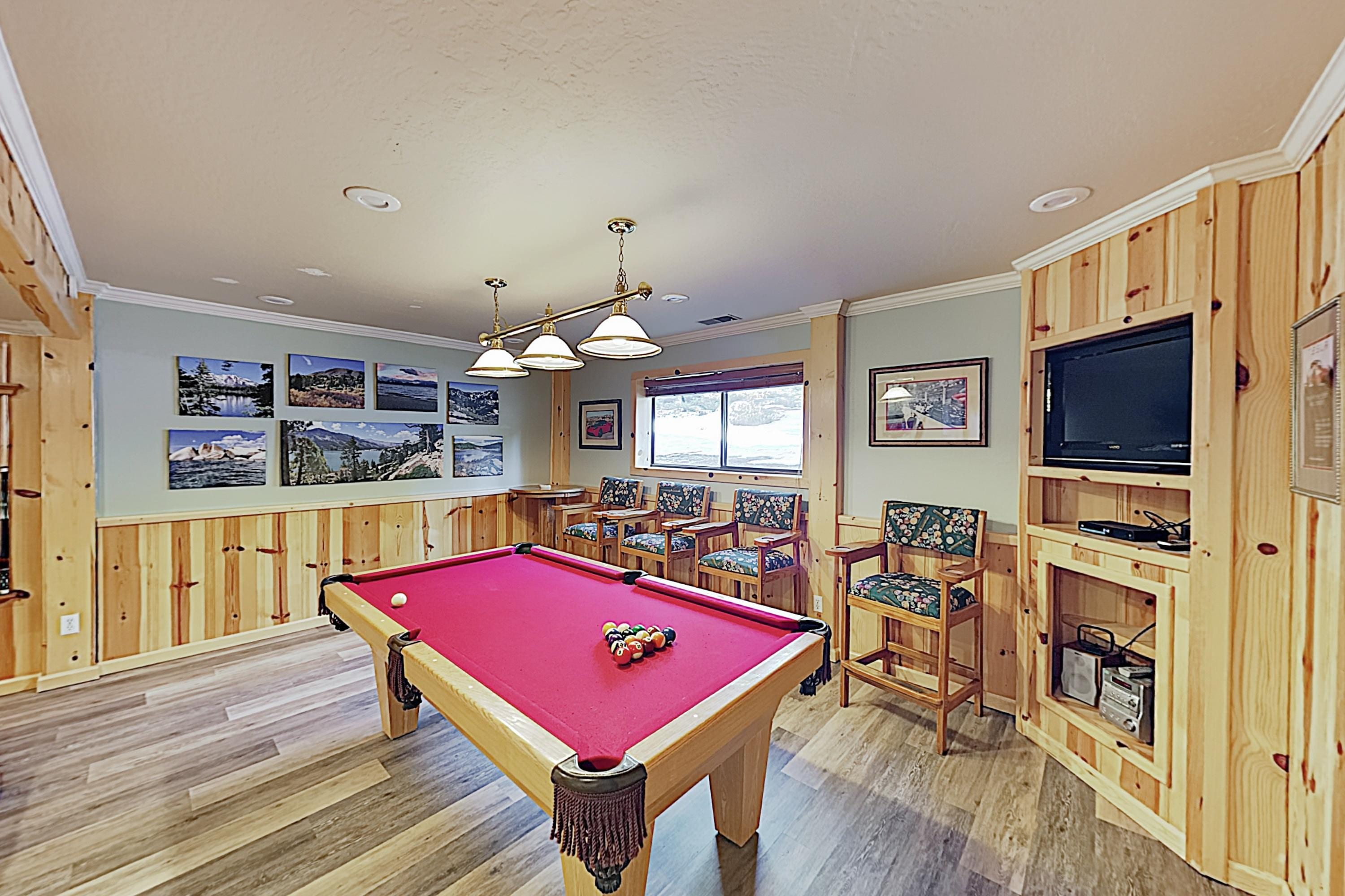 Hold lively pool tournaments in the billiards room!