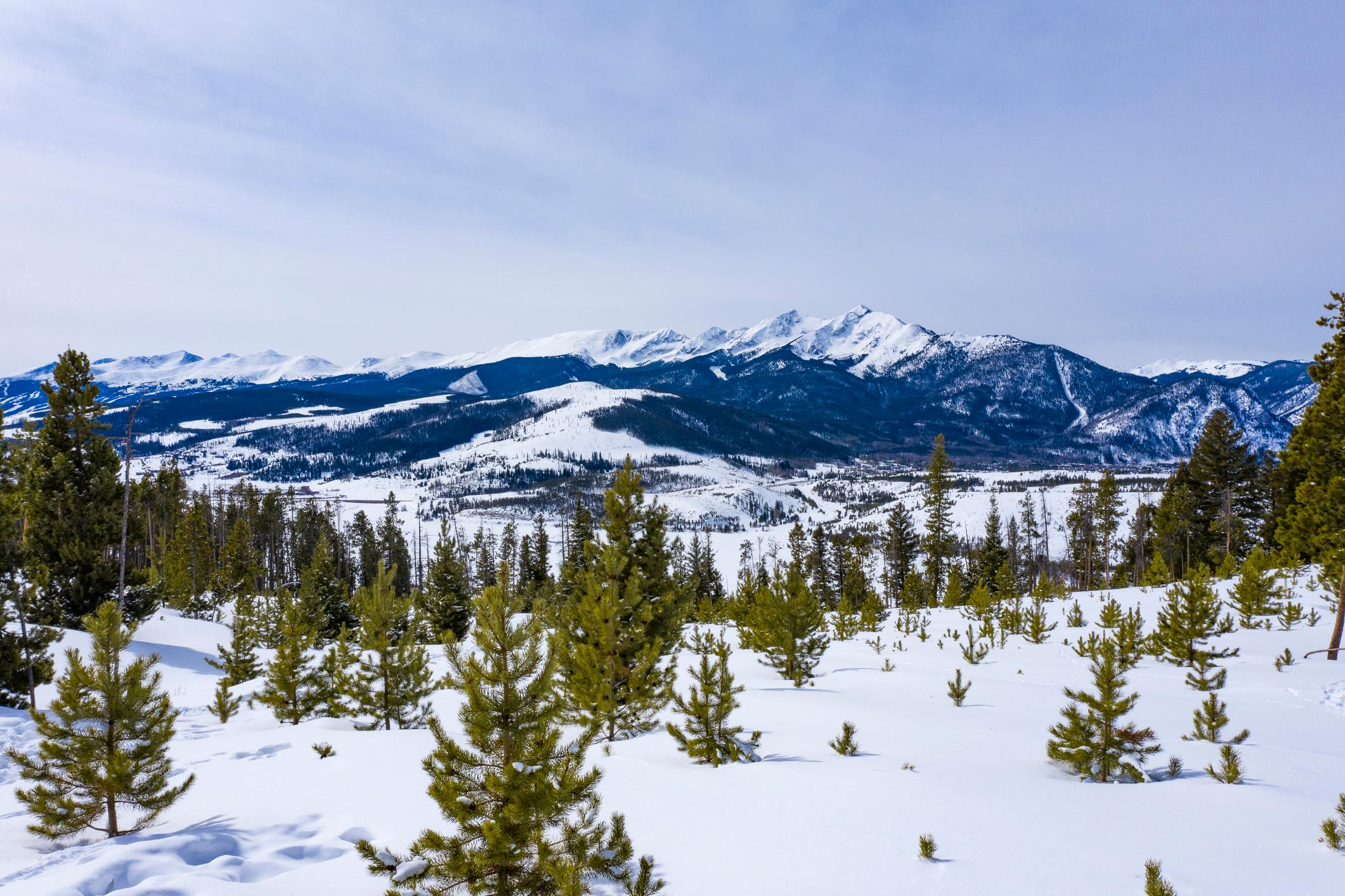 Copper Mountain Resort, Keystone Resort, and Breckenridge Ski Resort are all within 12 miles of your rental.