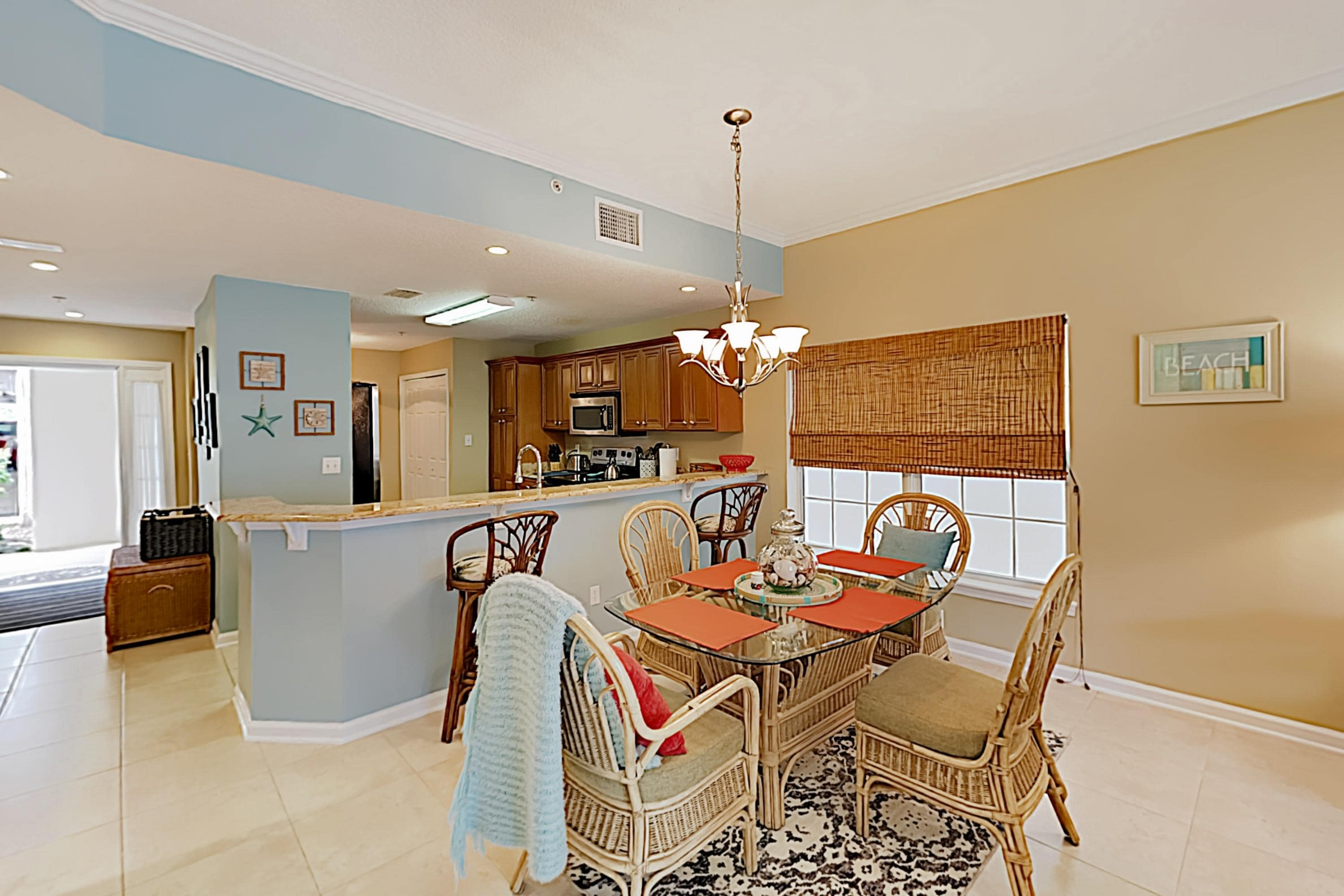 Property Image 2 - Sunny Poolside Condo w/ Hot Tub & Beach Access