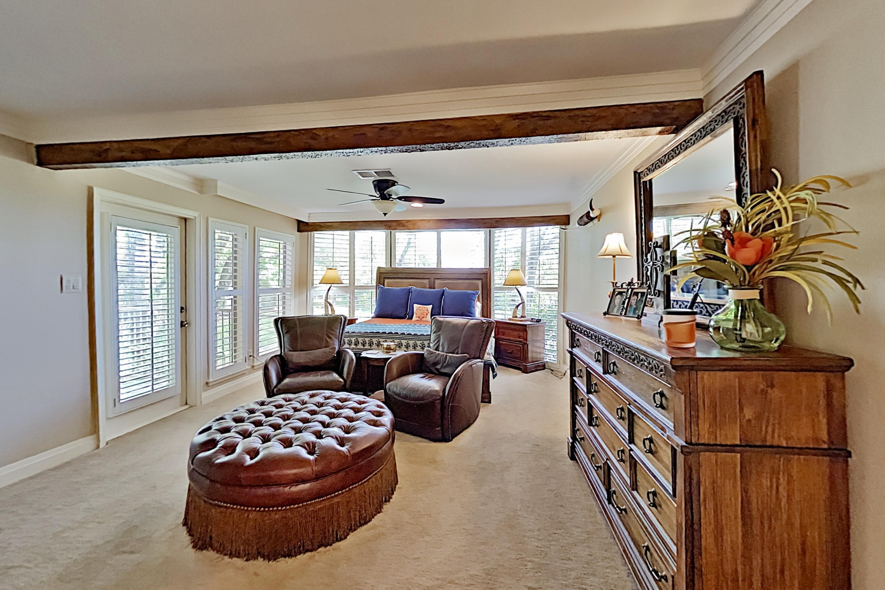 Lavish All-Suite w/ Tennis Courts: Near Pool, Golf