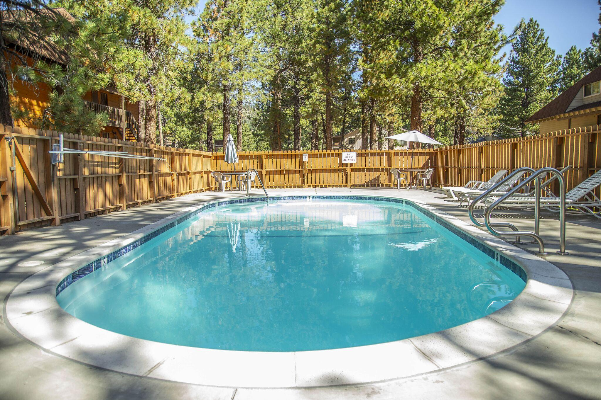 Property Image 2 - Walkable Corner Unit with Pool, Hot Tub, Tennis