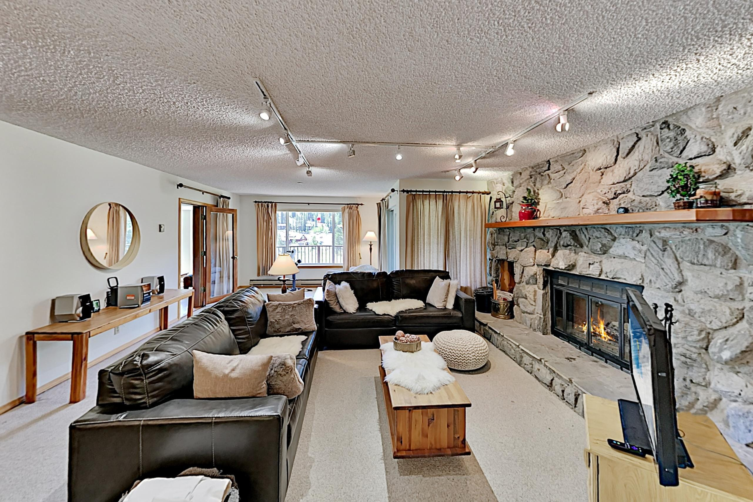 Property Image 1 - Spacious Mountain Condo with Private Sauna & Deck, Walk to Slopes