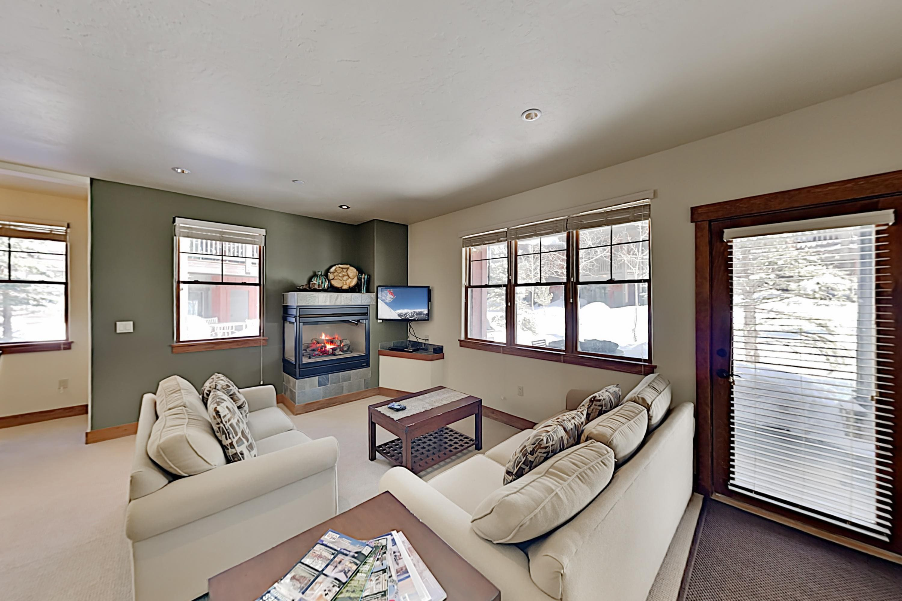 Property Image 1 - Lovely Condo with Fireplace & Shared Hot Tub; Walk to Slopes