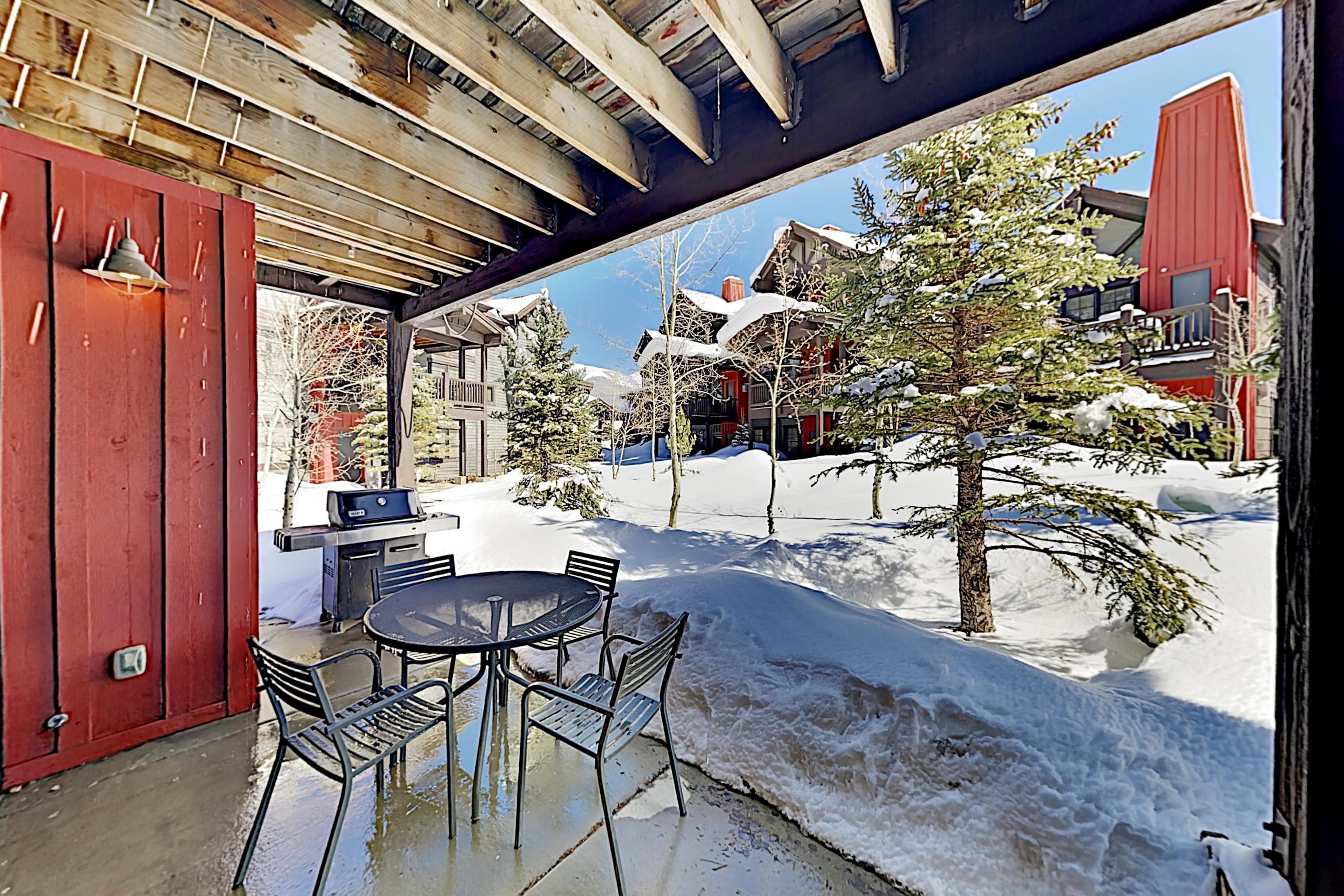 Property Image 2 - Lovely Condo with Fireplace & Shared Hot Tub; Walk to Slopes