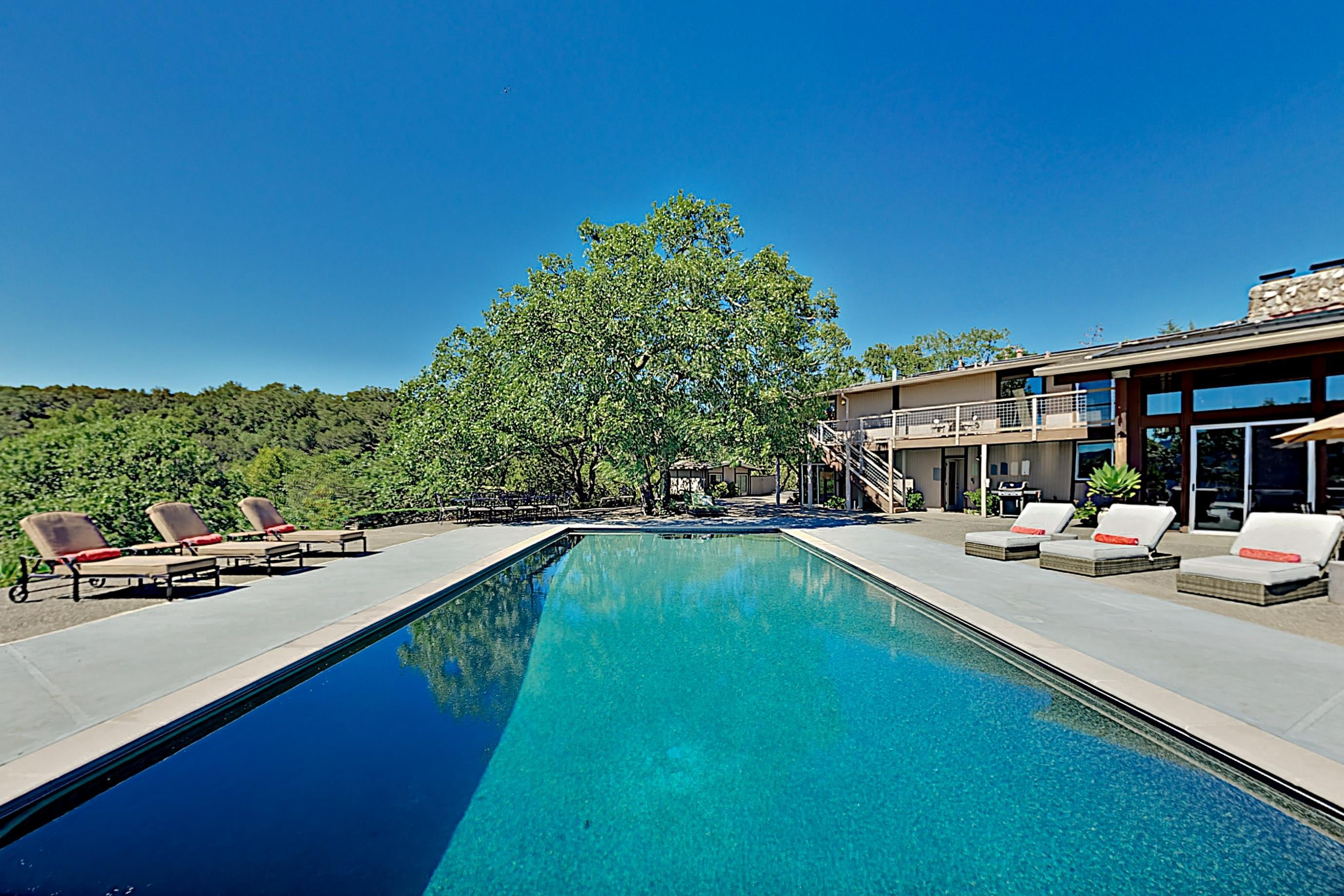 Sunlit, Luxe Estate with Scenic Views, Pool & Hot Tub