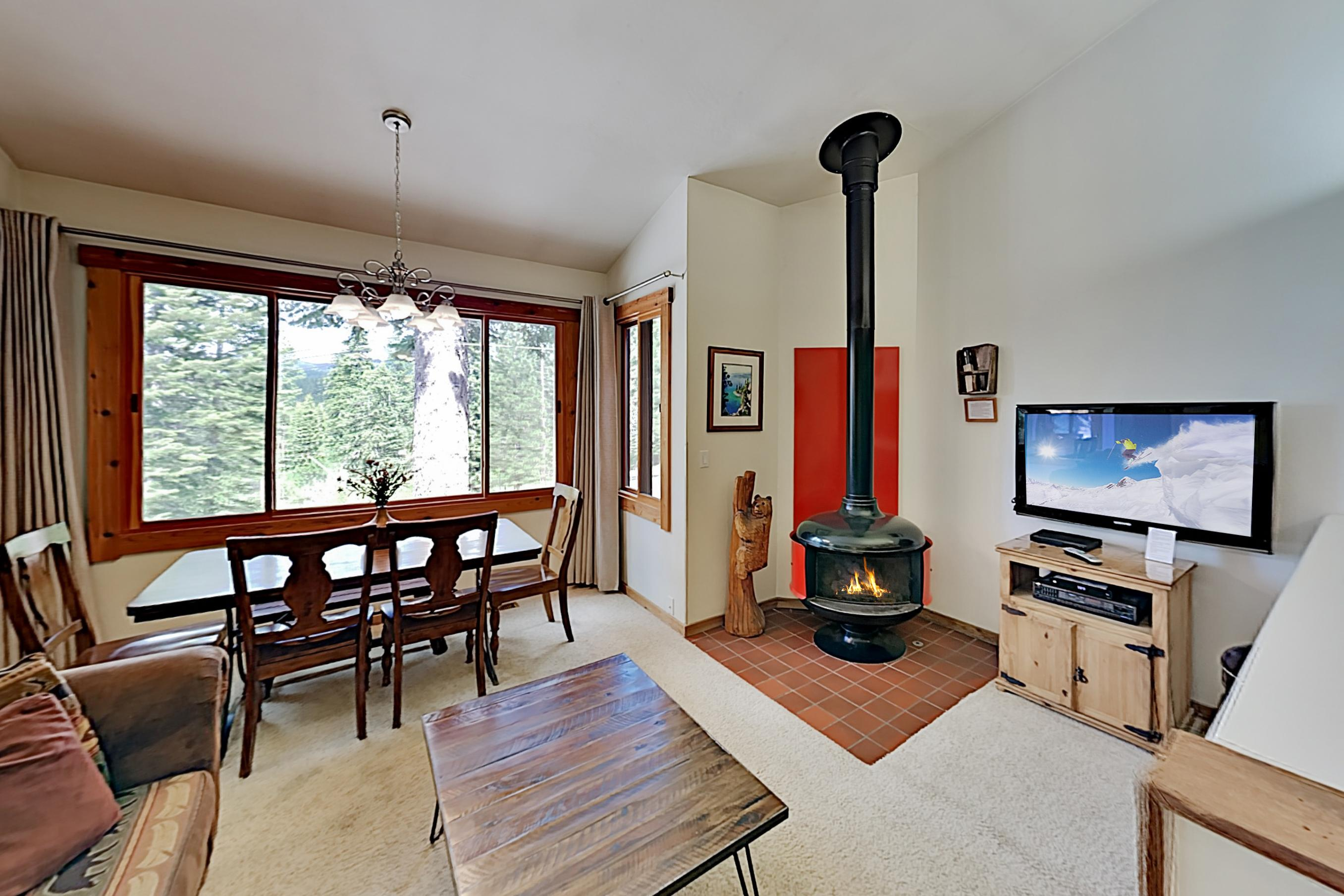 Northstar Ski-In/Ski-Out Condo – Walk to Village!