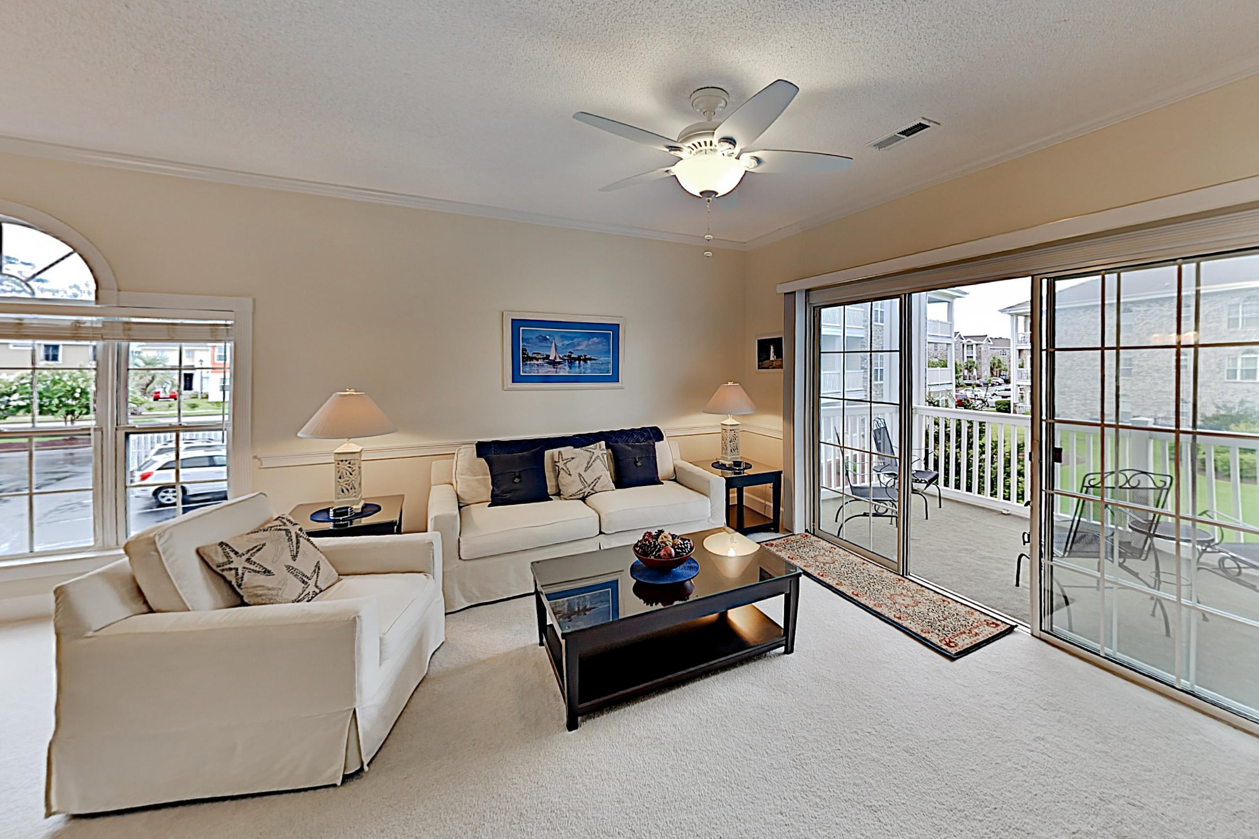 Property Image 1 - Chic Condo w/ Balcony, Pool & Golf Course Views