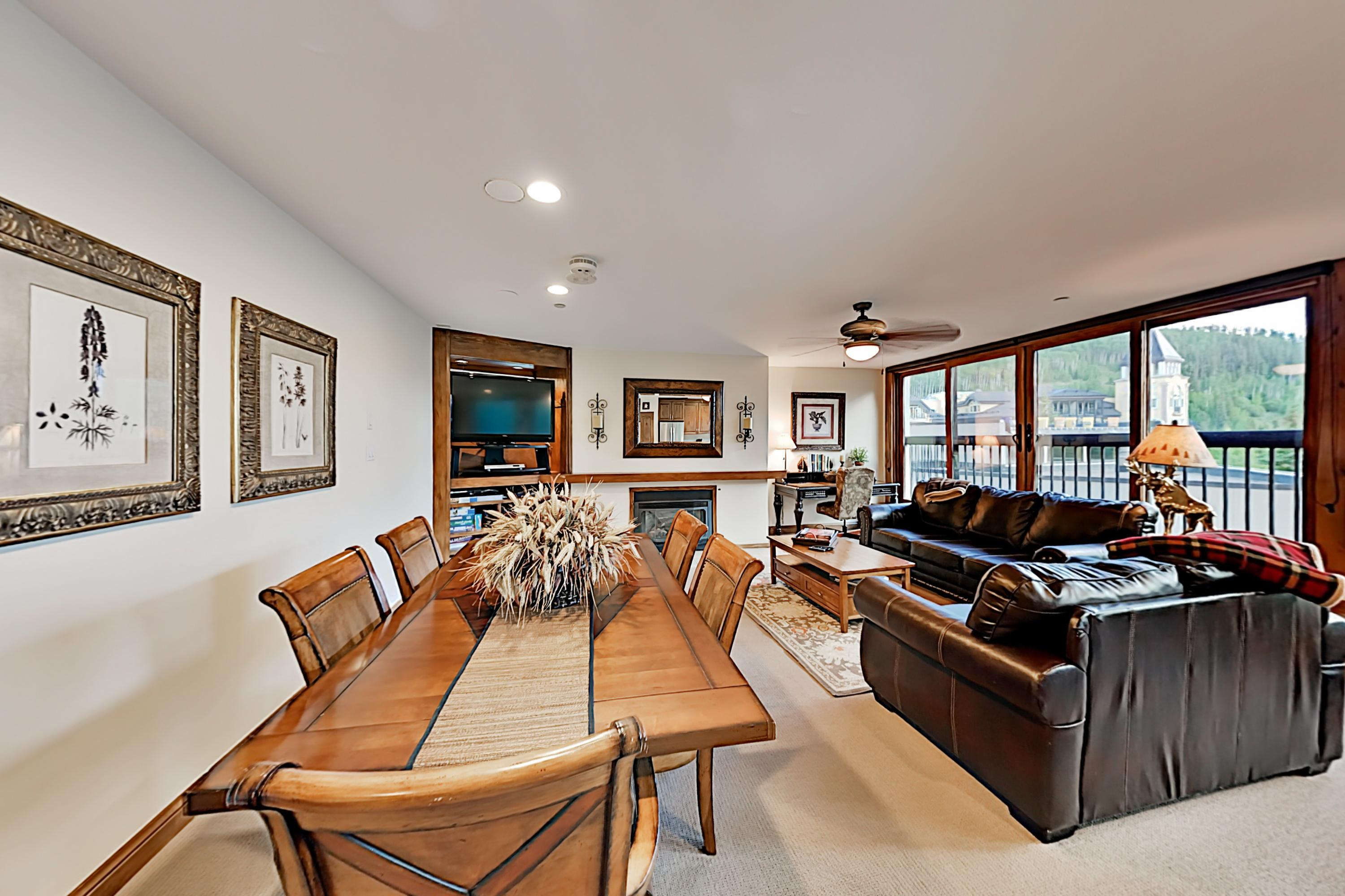 Vail Spa Condo with Expansive Views & Pool, Near Ski Lifts