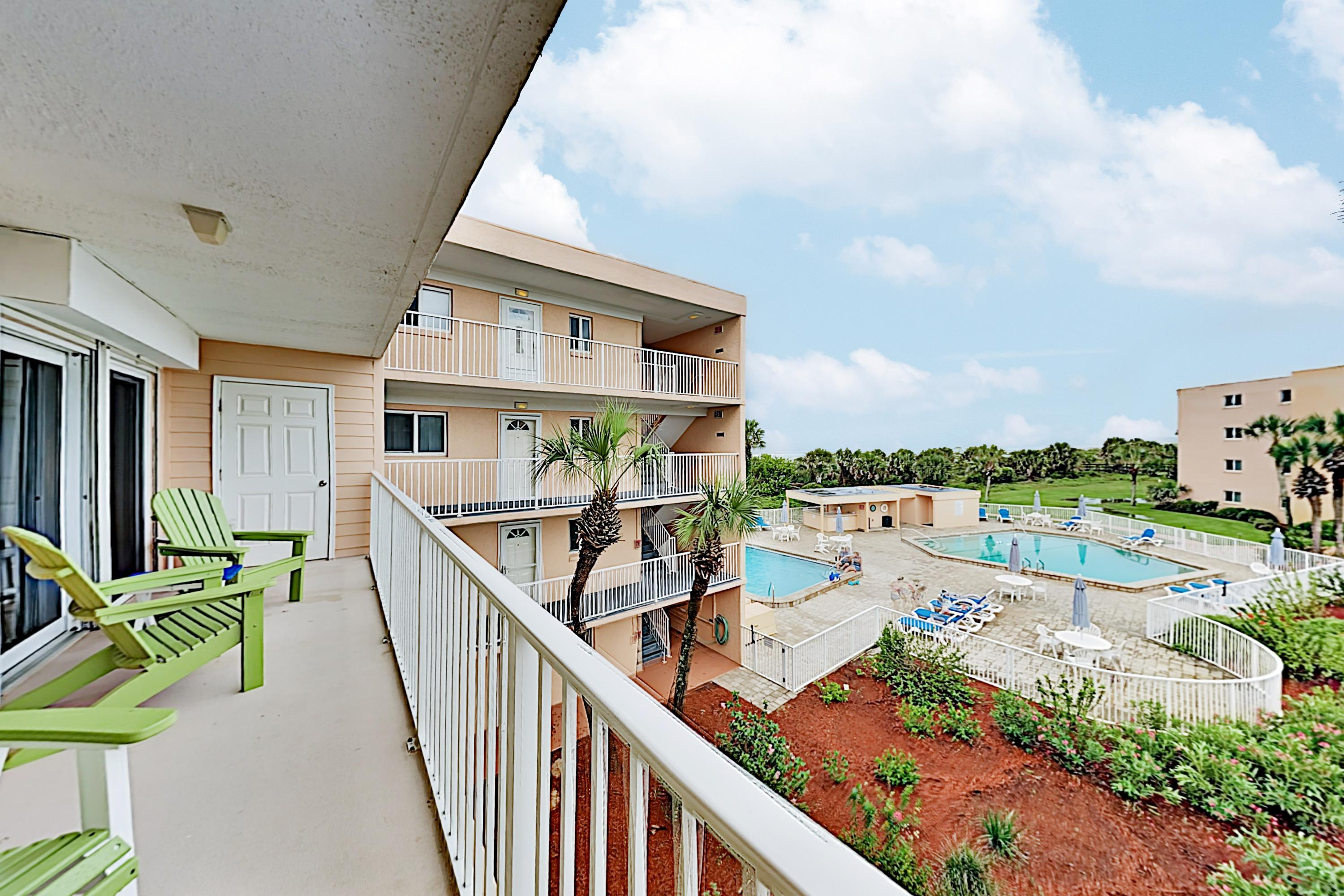 Property Image 1 - Polished Oceanview Condo with Tennis & Racquet Club with Pools