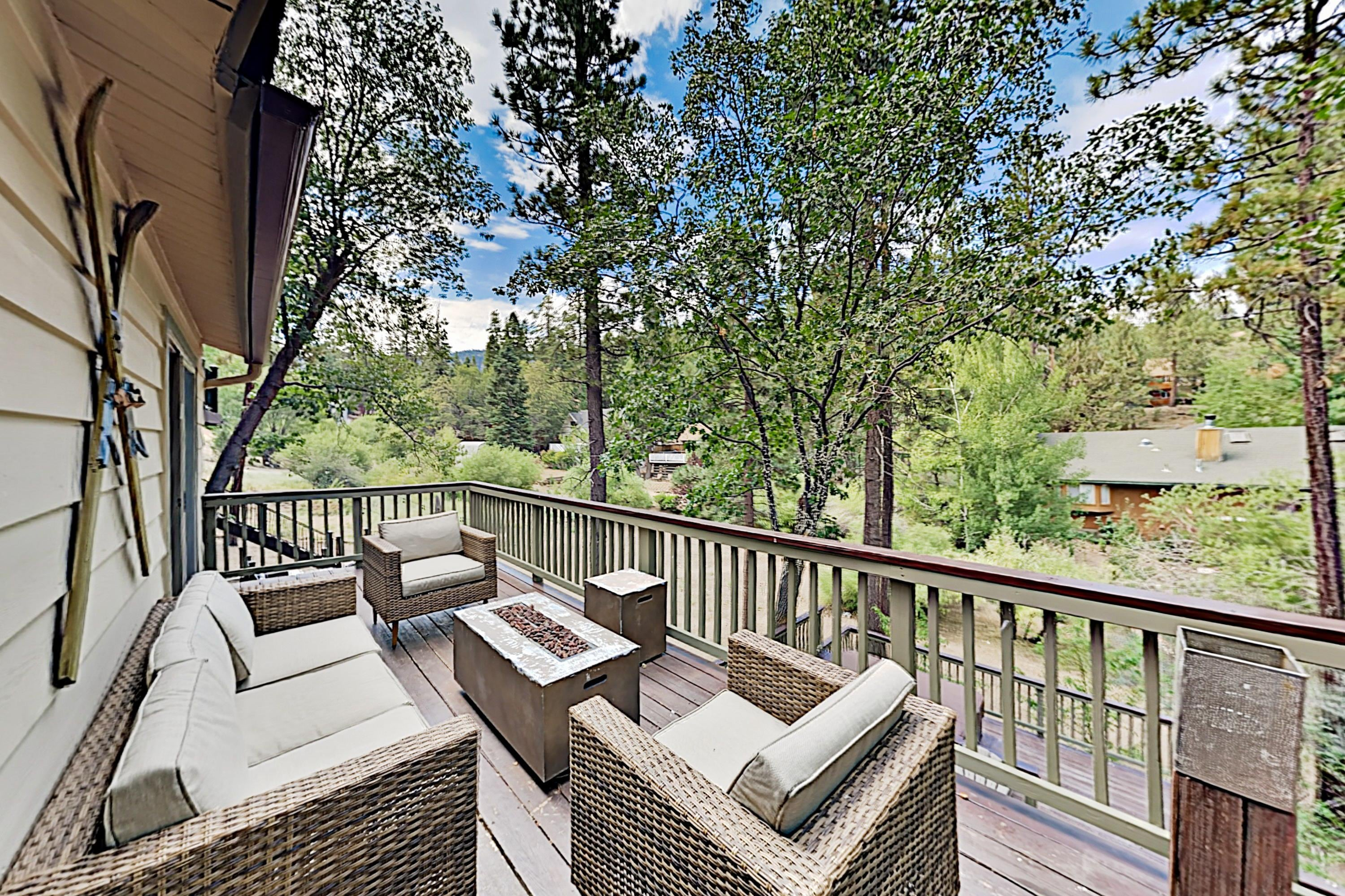 Property Image 2 - Moonridge Getaway with Private Hot Tub; Near Bear Mountain
