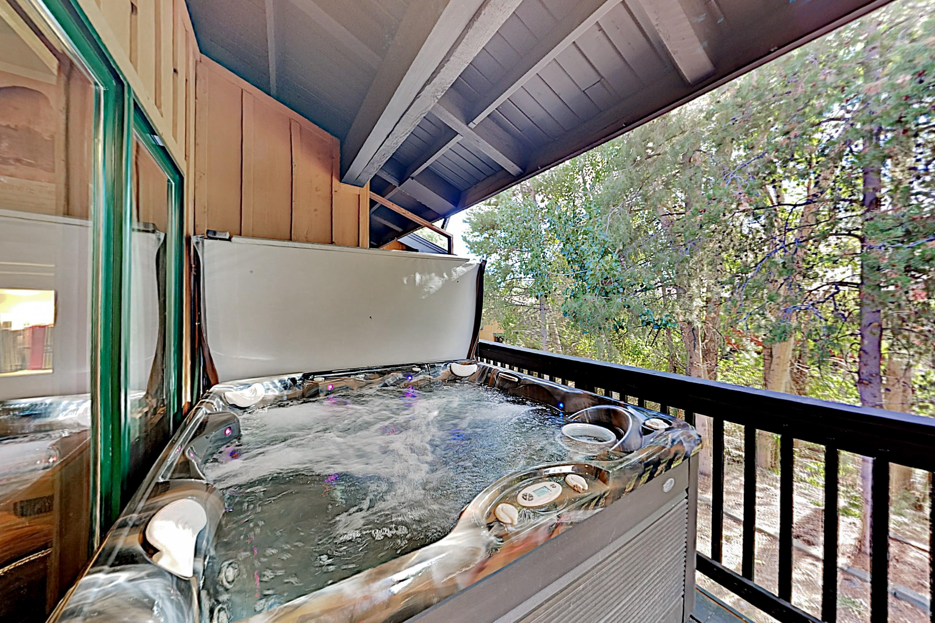 Property Image 2 - Mountain-Chic Townhome with Private Hot Tub & Pool