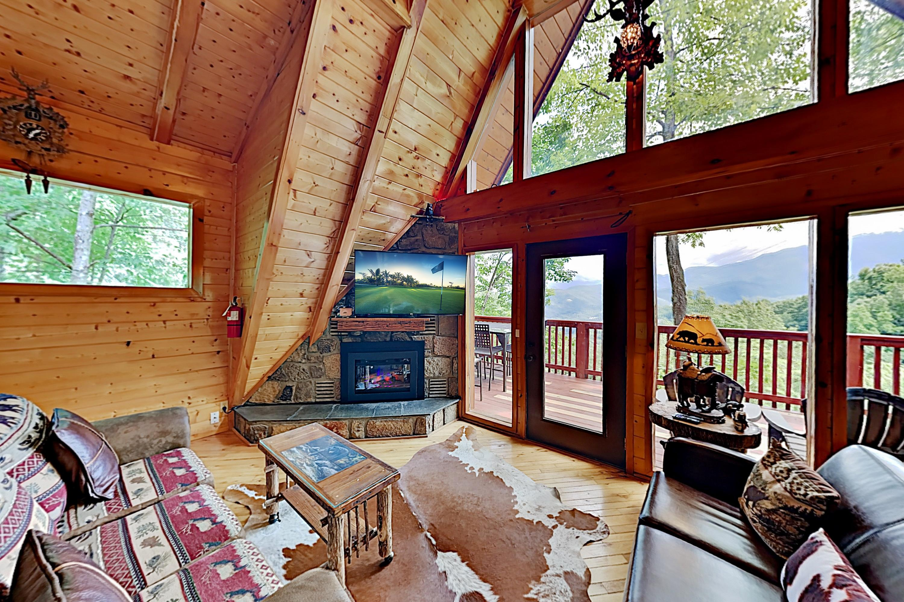 Property Image 1 - Bear Mountain Retreat | Big Views, Spa, Game Room