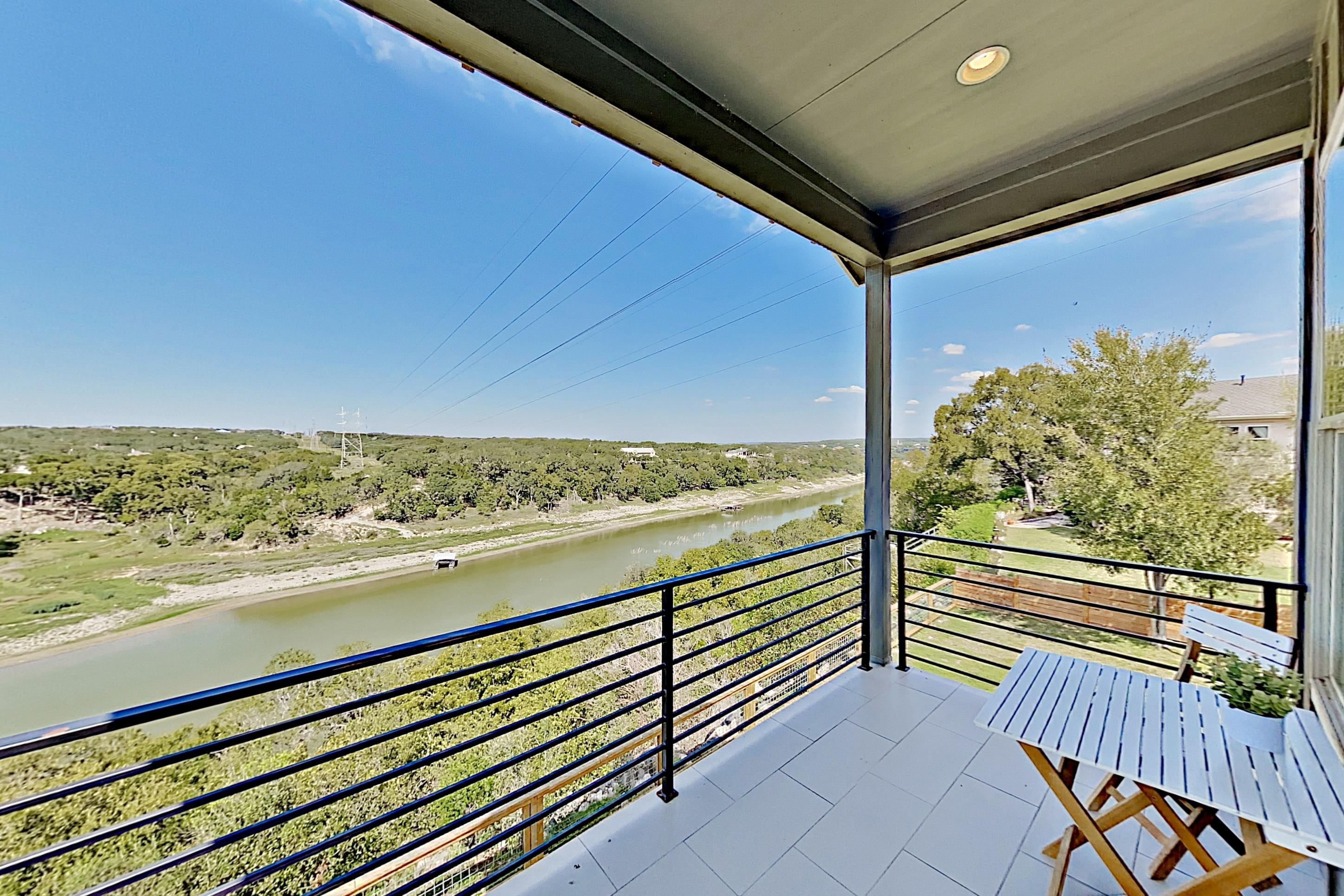 Property Image 2 - Whiskey River | River-View Yard, Grill & Firepit