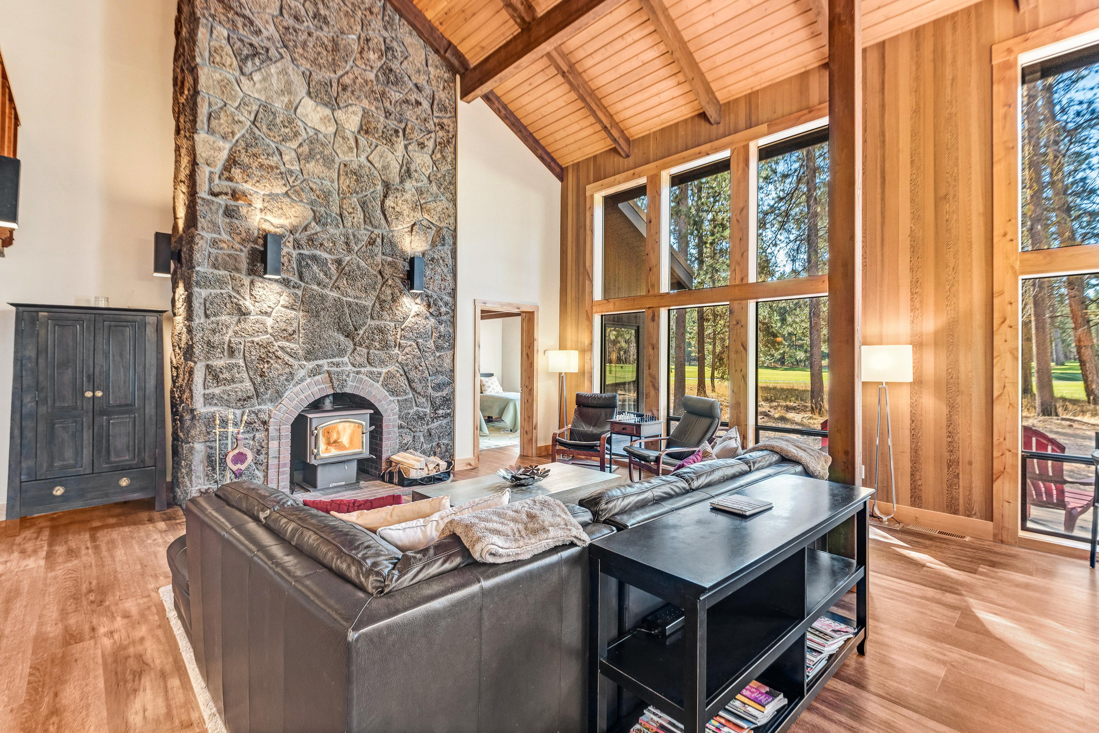 Aspen Lodge | Large Deck, Hot Tub & Fairway View