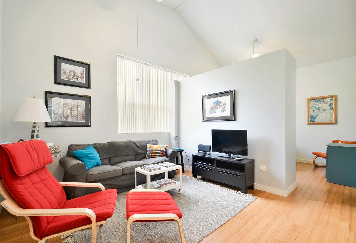 Welcome to Austin! This apartment is professionally managed by TurnKey Vacation Rentals.