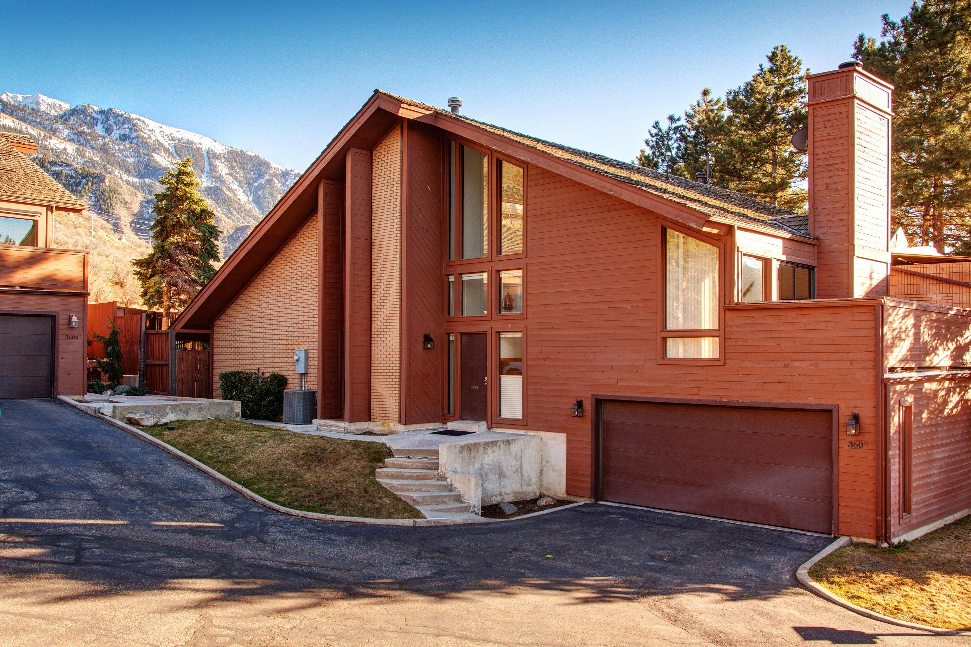 Welcome to Cottonwood Heights! This home is professionally managed by TurnKey Vacation Rentals.