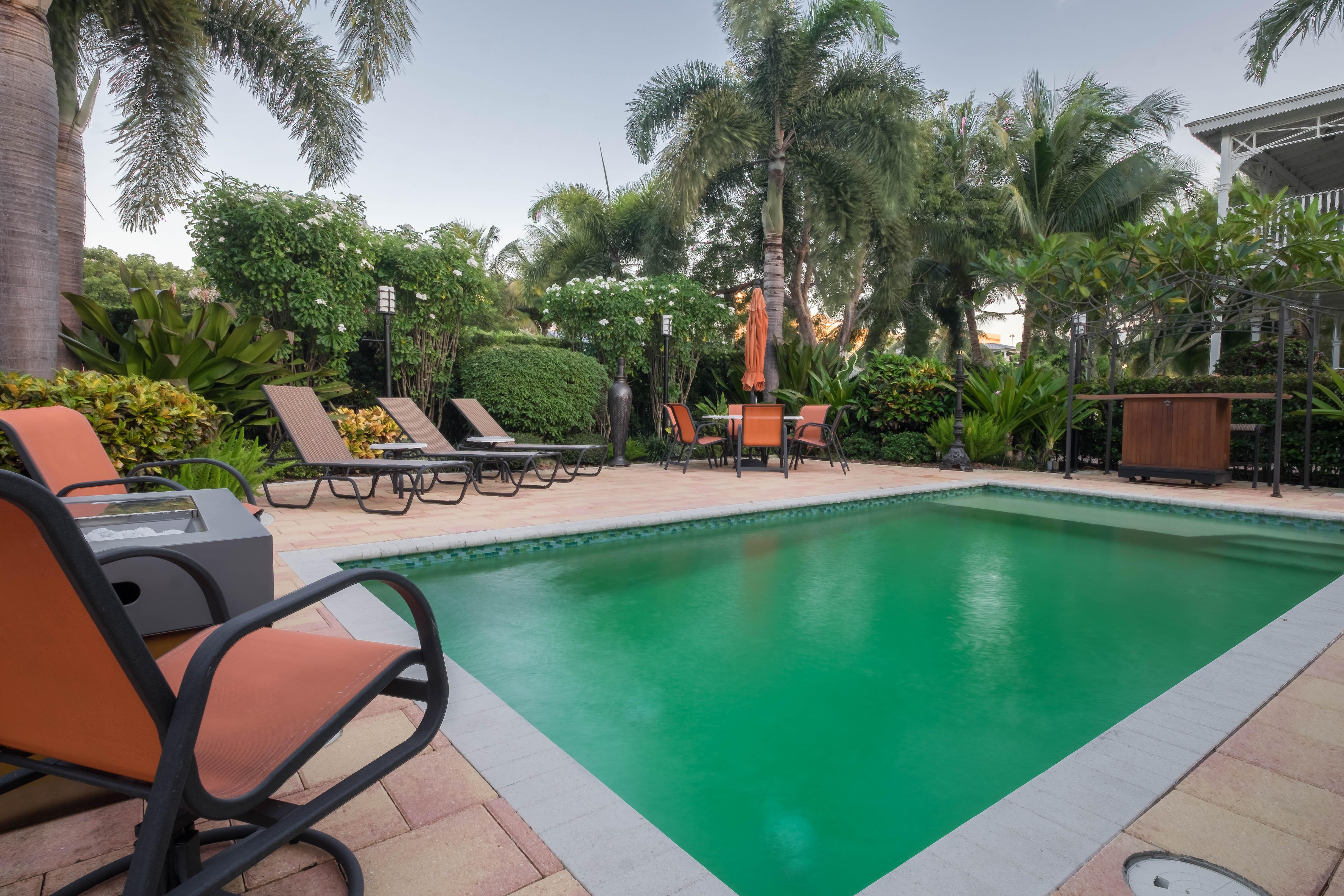 Spacious Private 2 Bedroom Pool Home Close to Atlantic