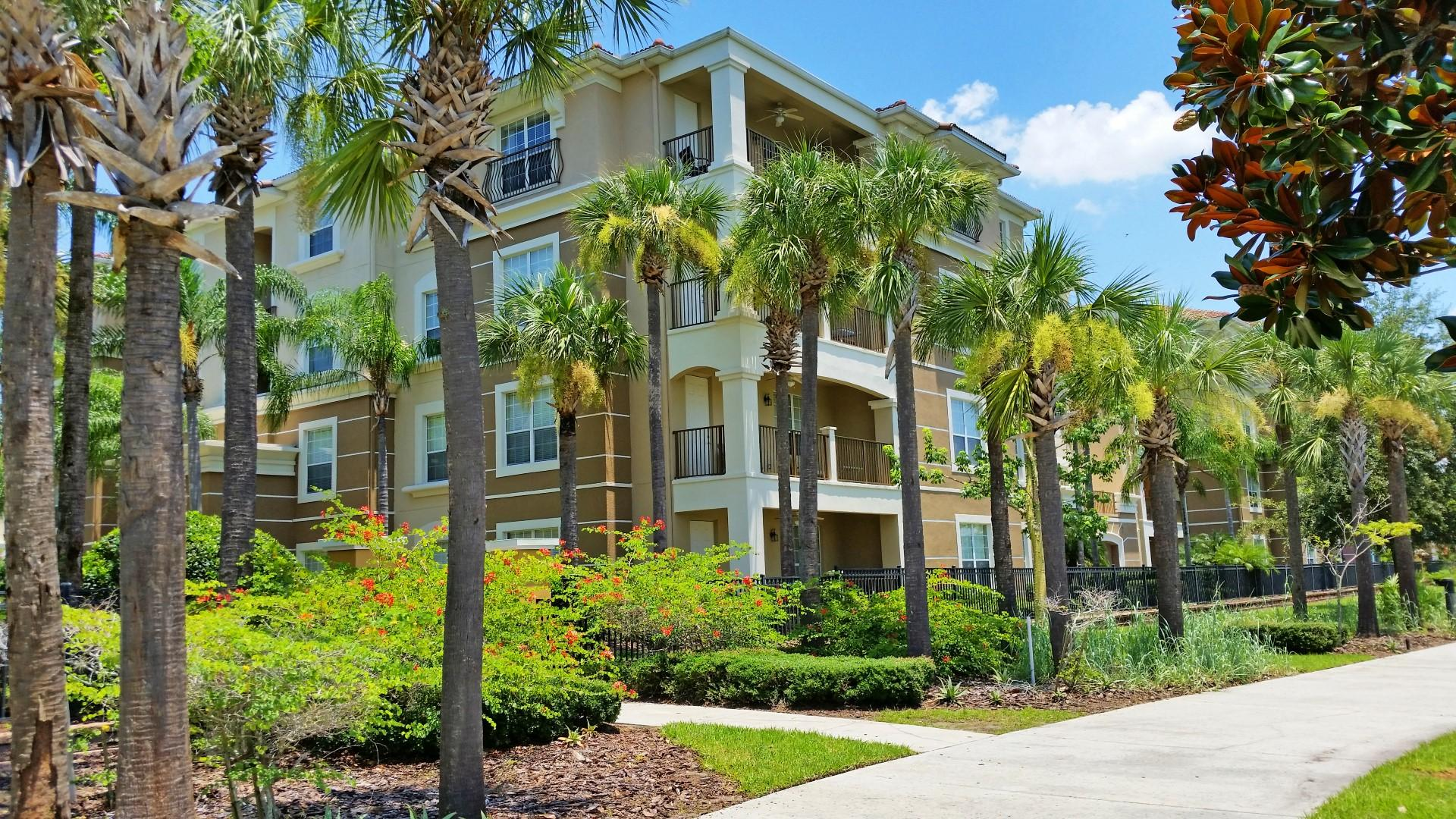 Spacious, Lakeview Condo with Patio; Minutes from Disney