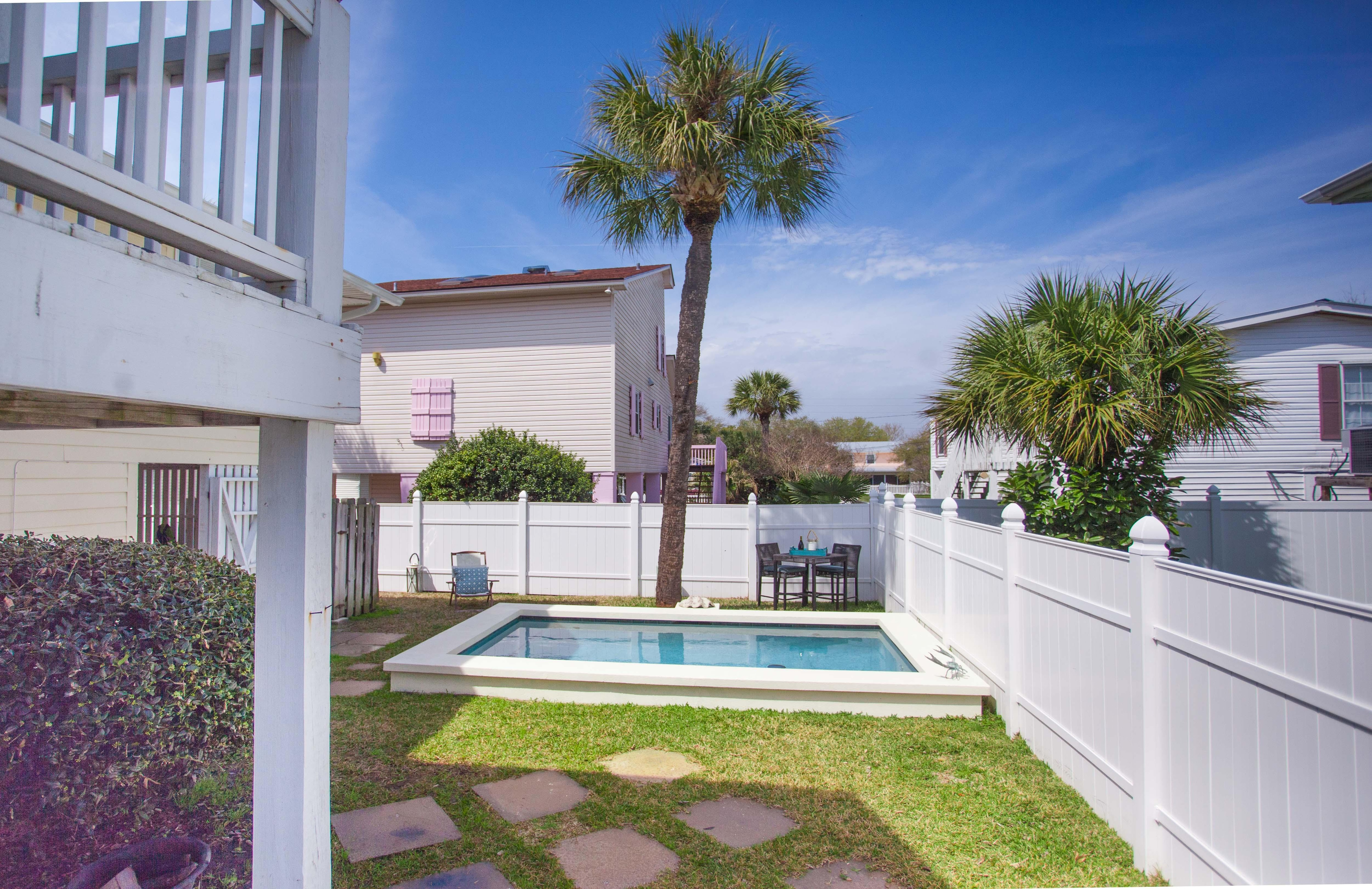 This Tybee retreat has a lot to offer- plus it's walking distance to the beach!