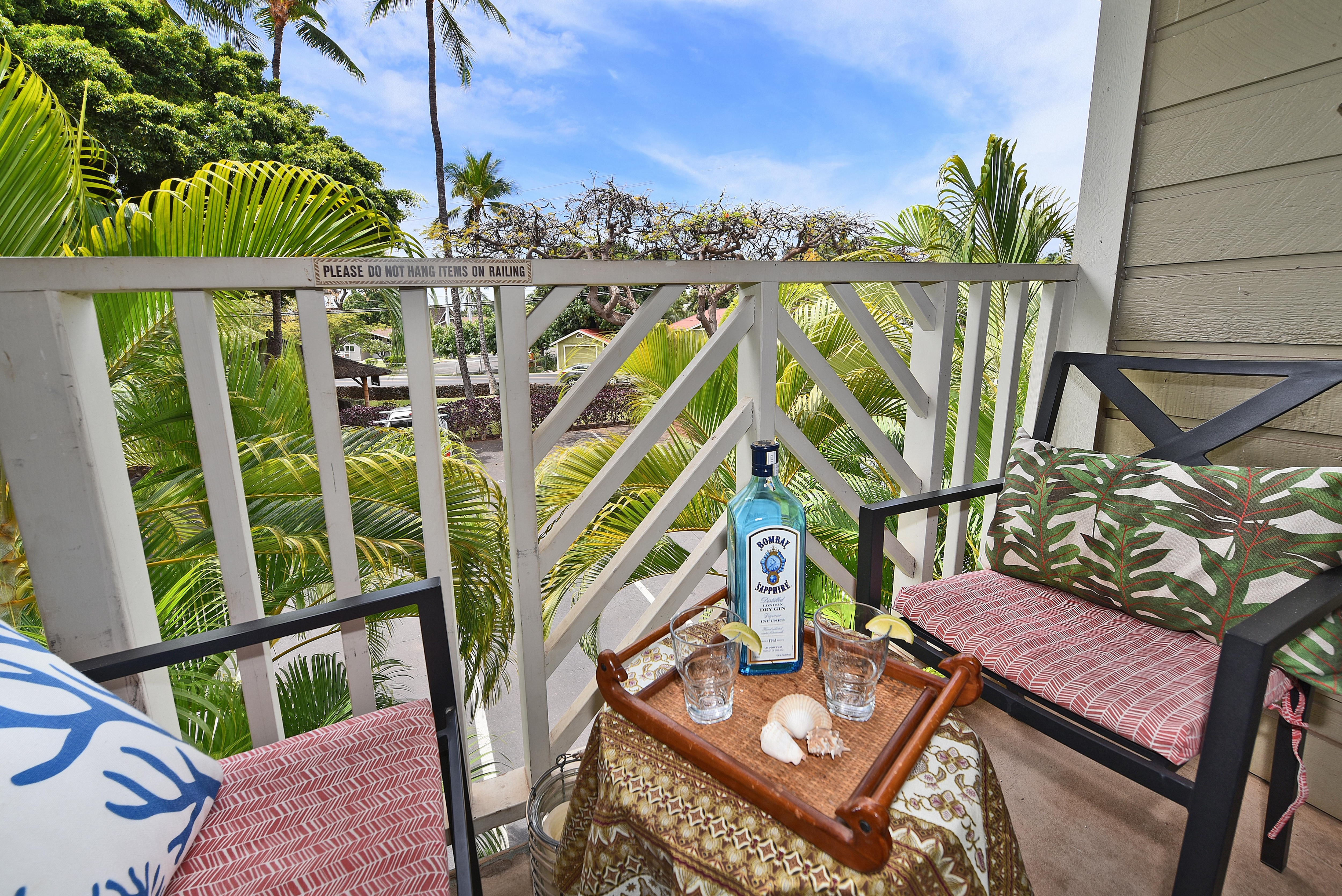 Property Image 2 - Placid modernized condo situated in the heart of Lahaina Town