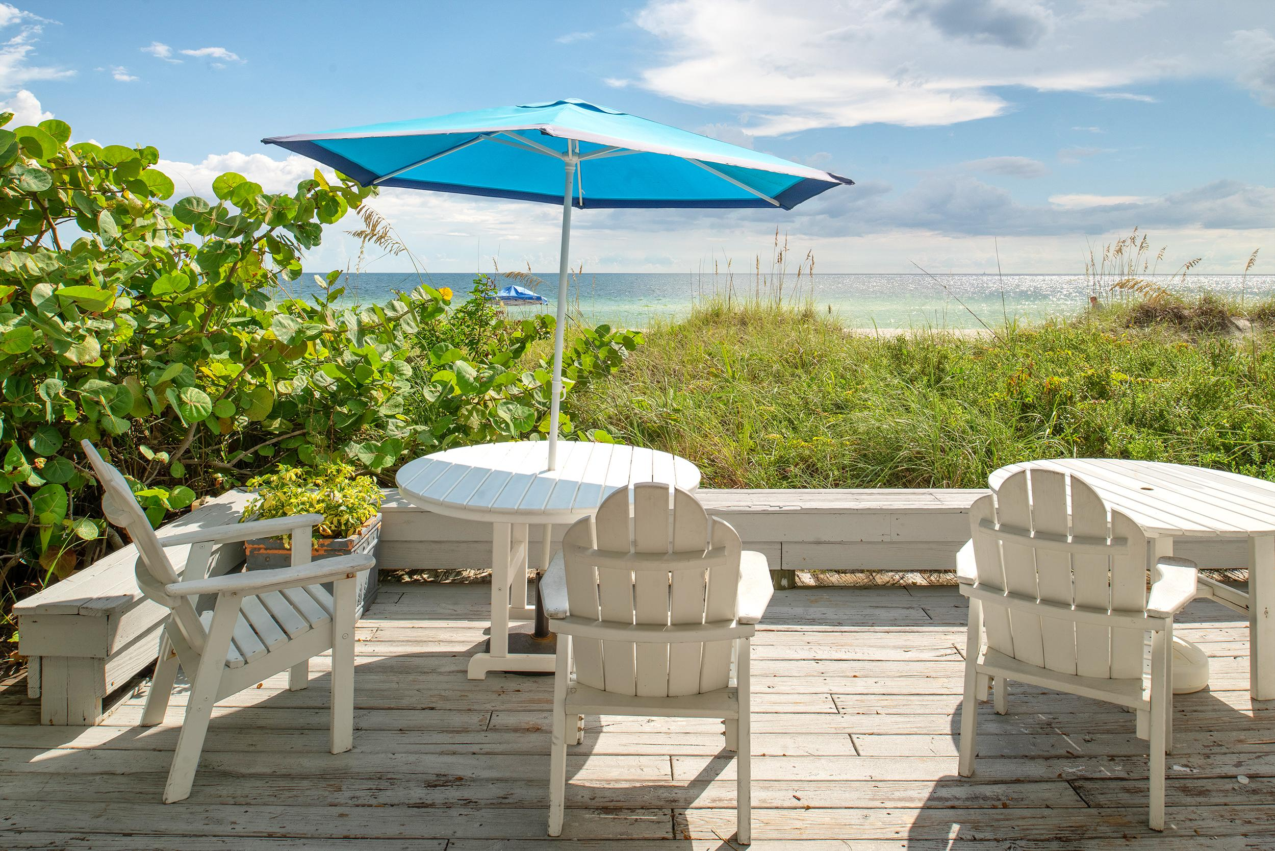 Property Image 1 - Exquisite beachfront condo with breathtaking views