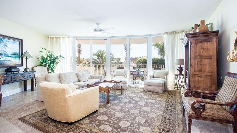 Luxury Condo with Private Balcony and Amenities