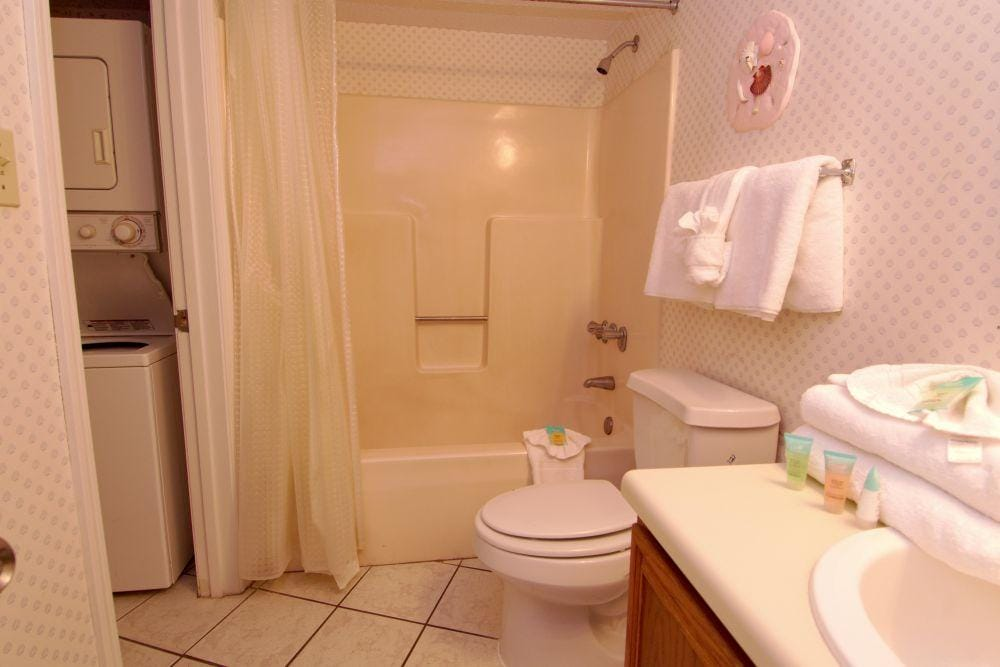 Property Image 2 - Cozy Orange Beach Condo with Pools and Tennis Courts