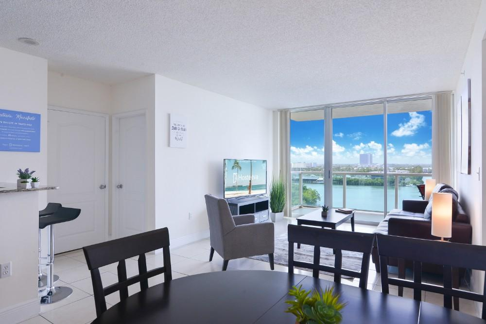 Property Image 2 - Stunning Vacation Condo in Sunny Isels Beach