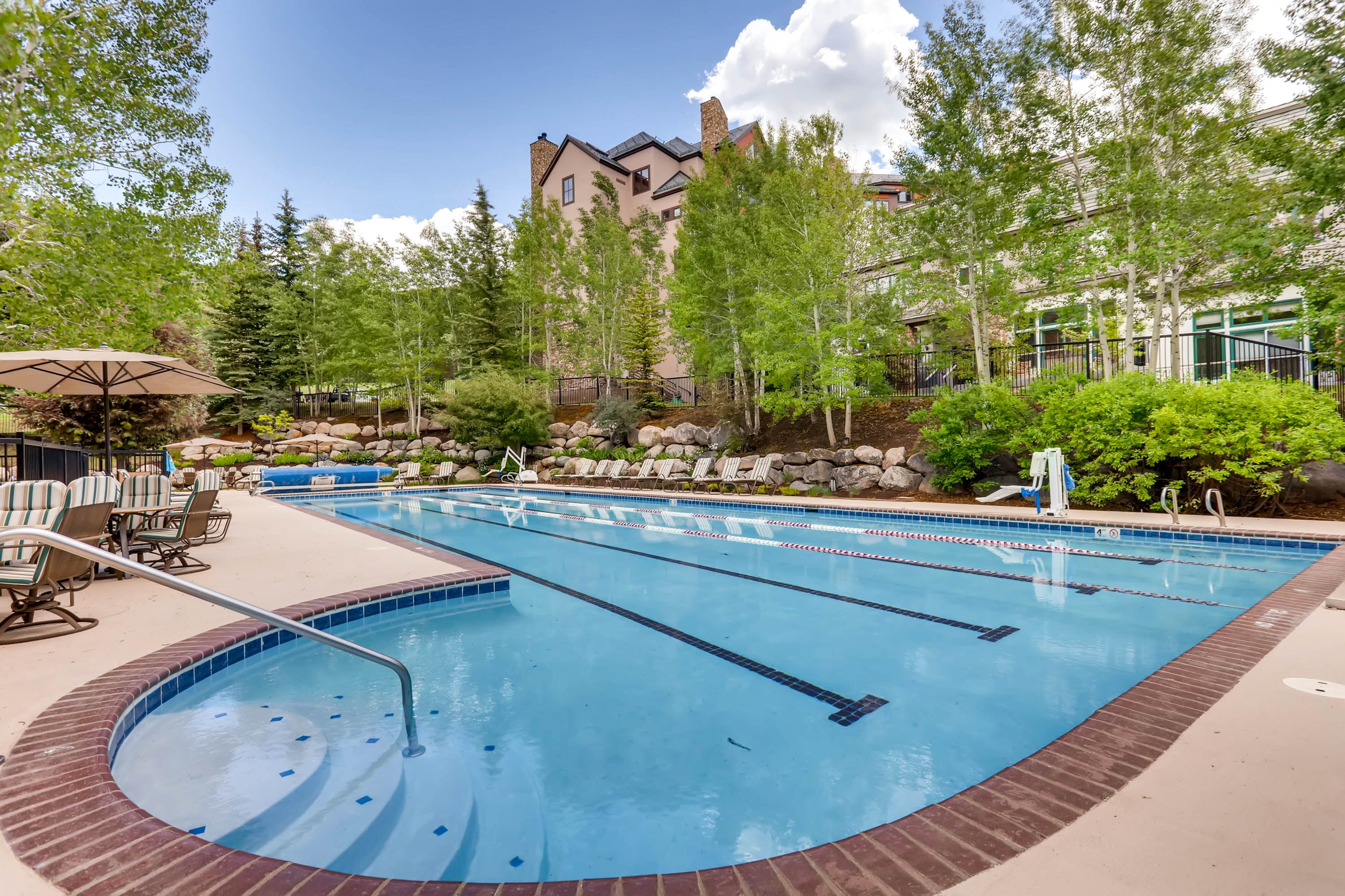 Fun Beaver Creek Mountain Condo with Ski Access