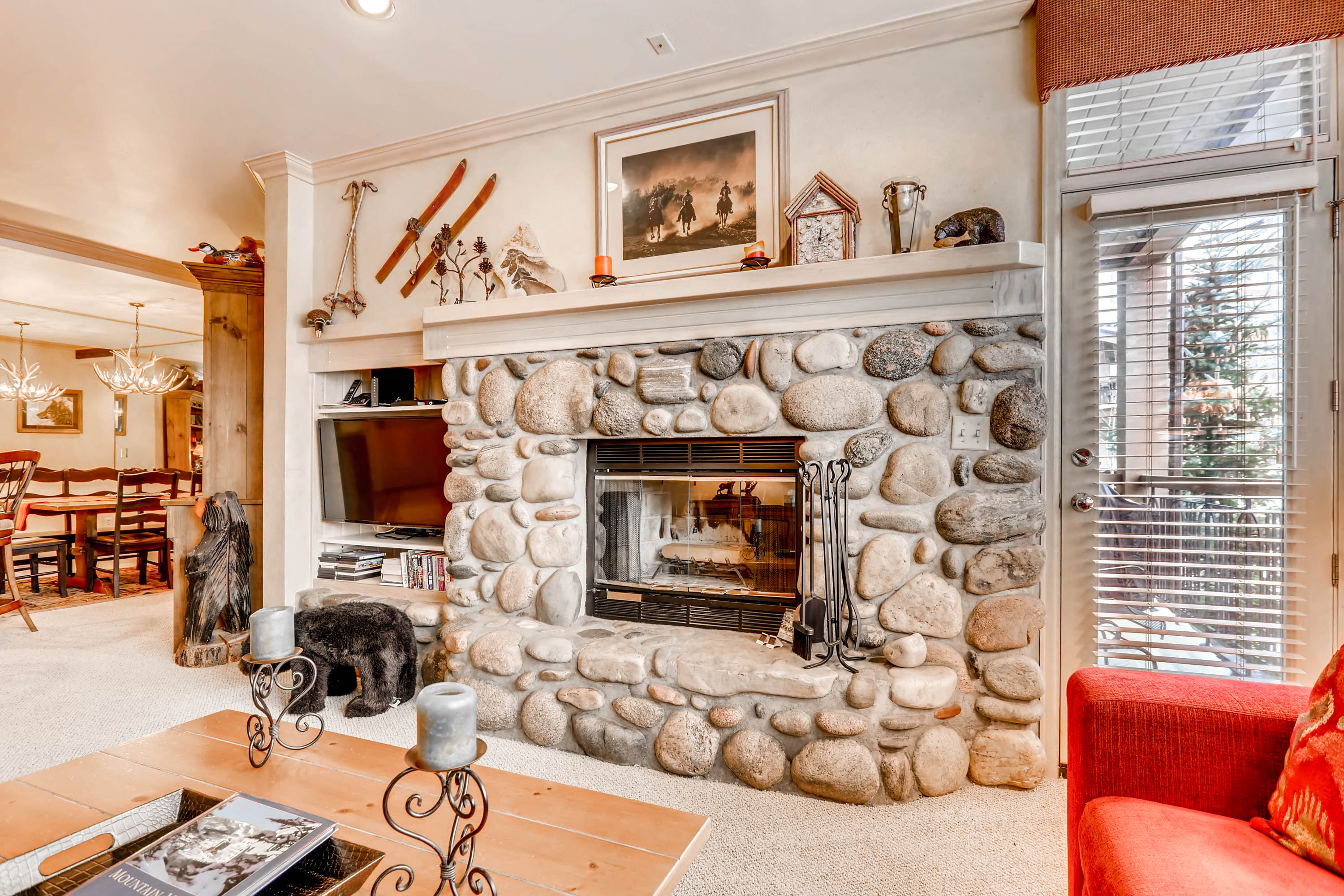 Mountain Condo with Views of Beaver Creek