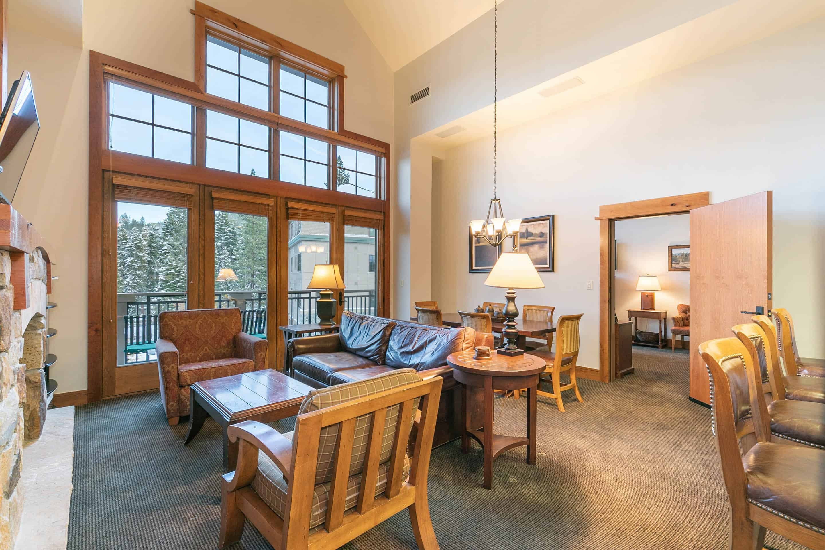 Top floor unit with high ceilings, closest lodge to gondola