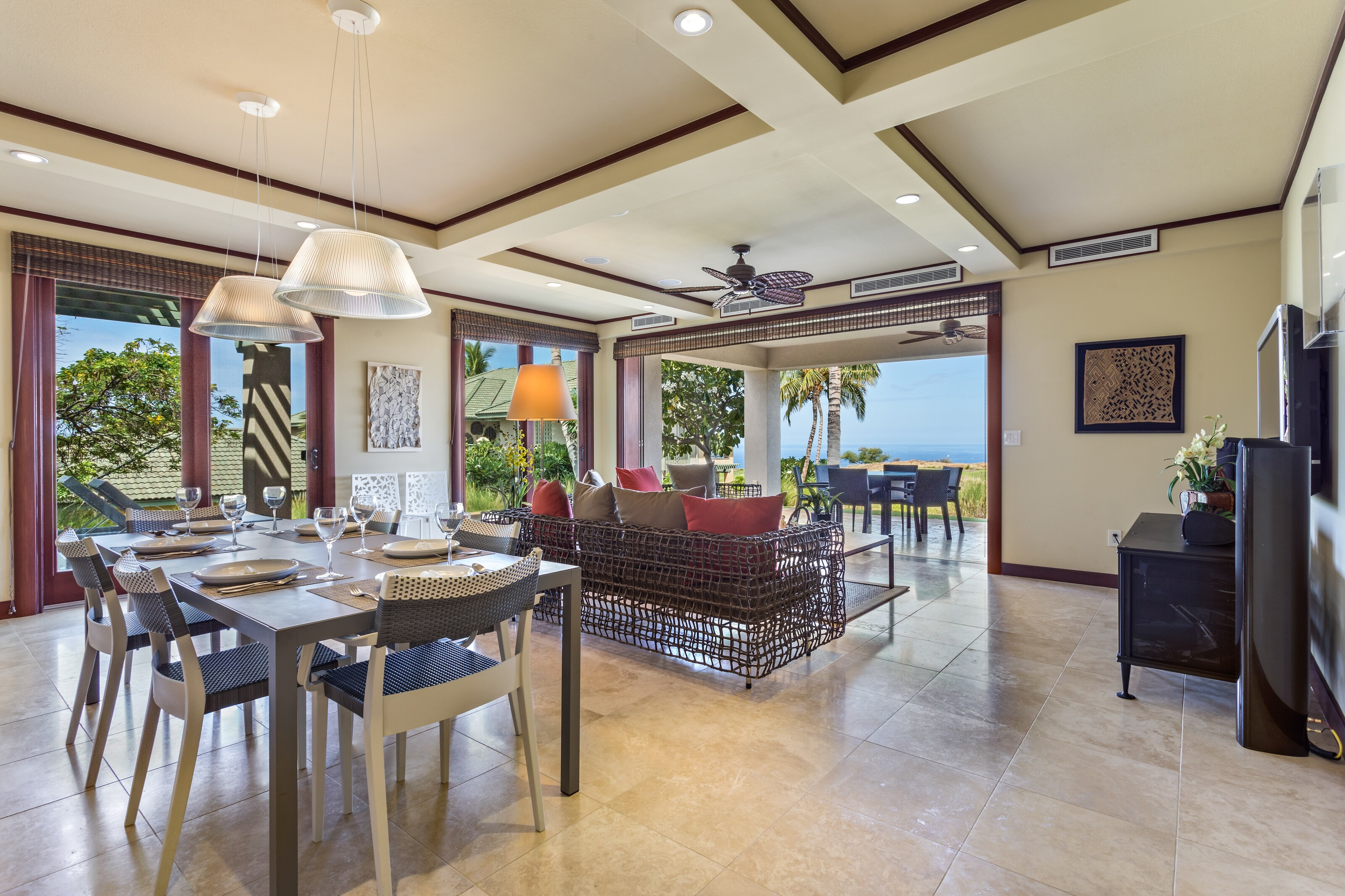 Idyllic Indoor/Outdoor Living with Lanai and Chef's Kitchen