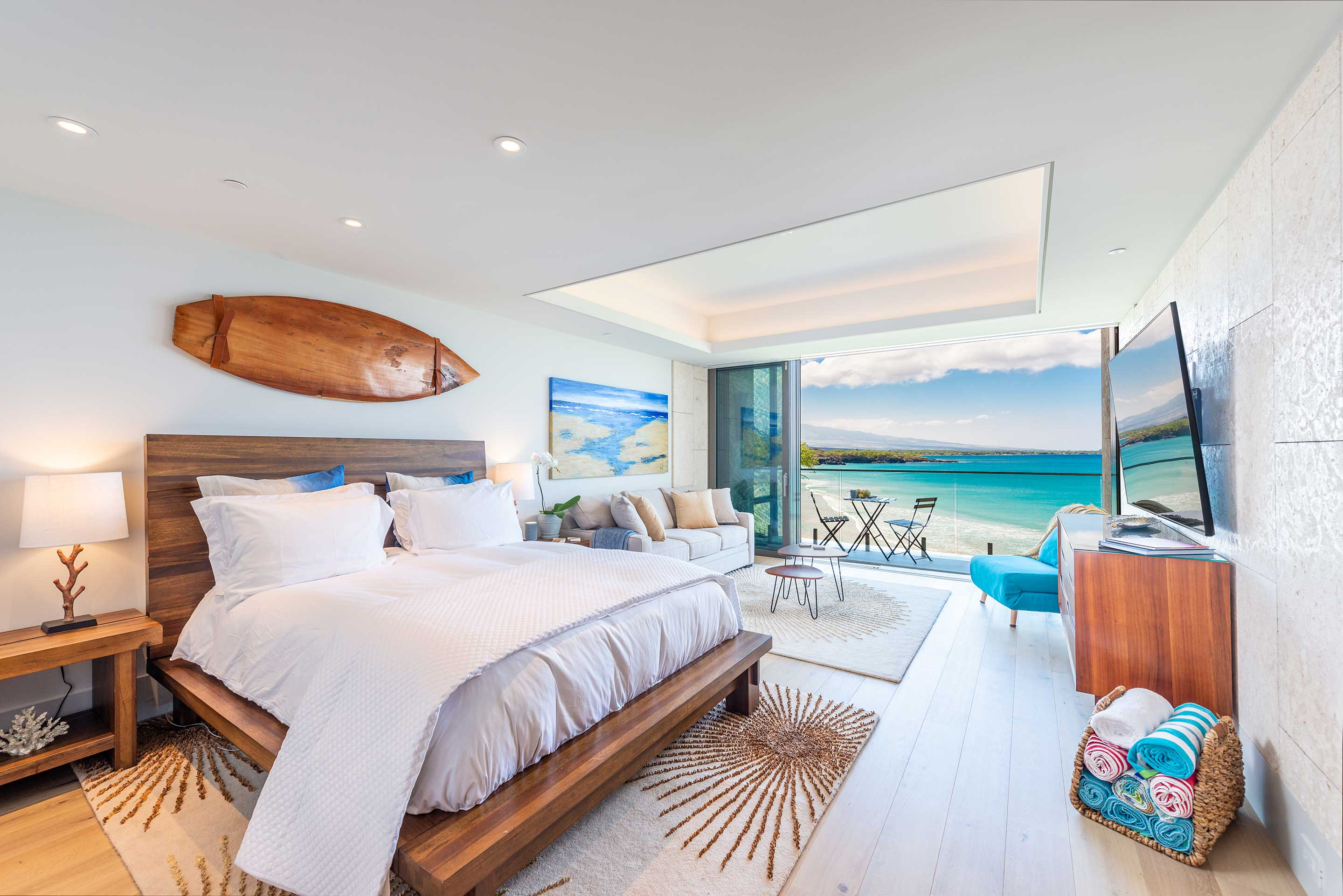 Endless Beach View High Floor Studio at Hapuna Beach Residence B44