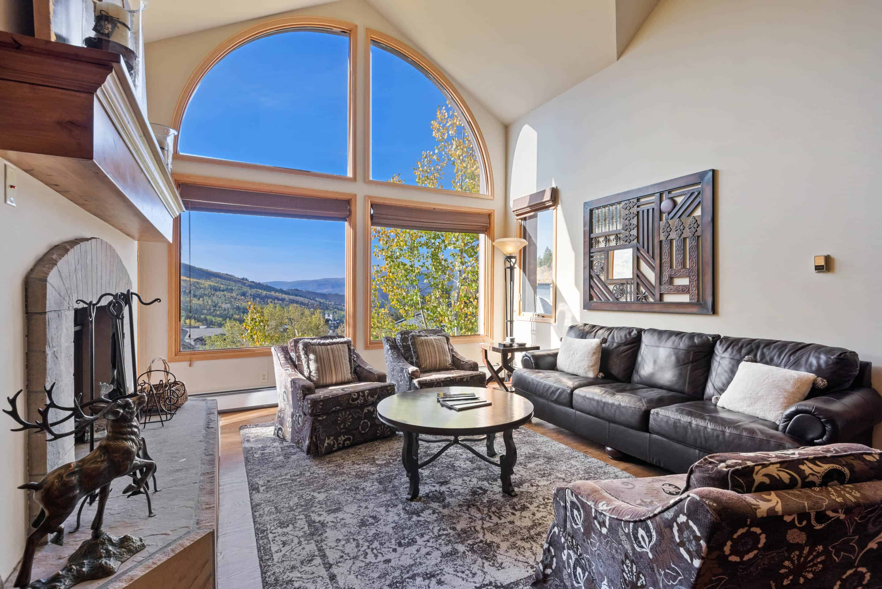 Property Image 1 - Modern, Sophisticated Condo with Beautiful Views & Ski Access